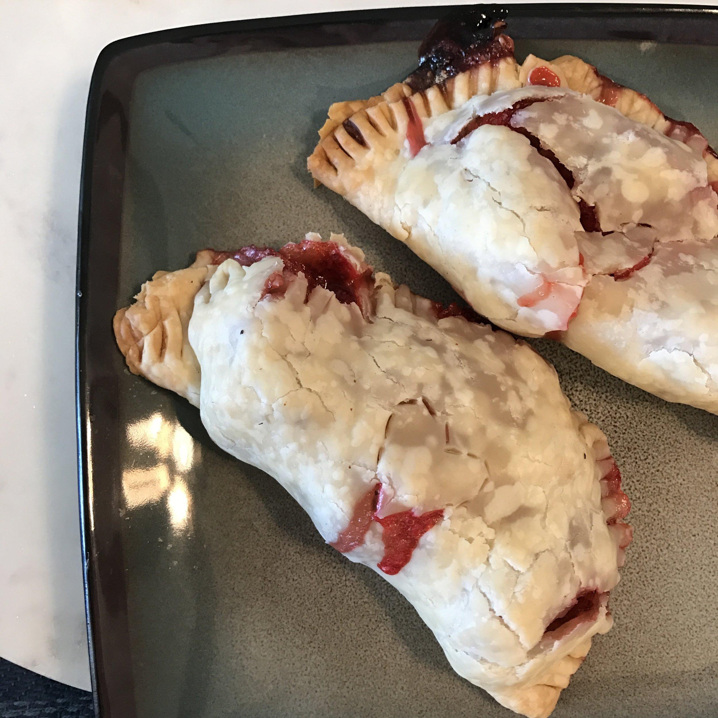 strawberry-hand-pie