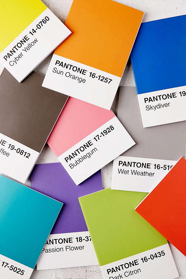 Pantone-Notebooks.jpg