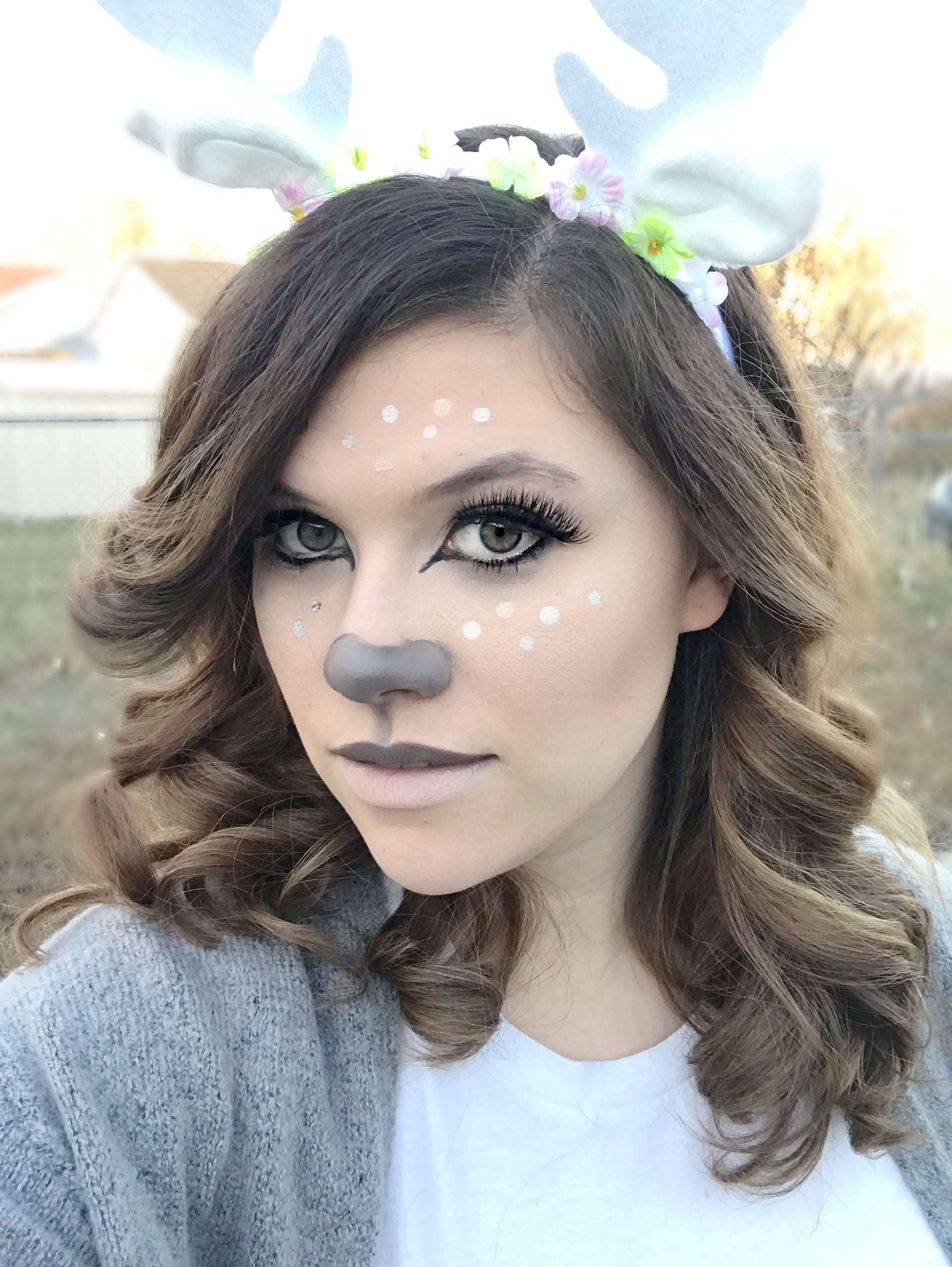 gray-deer-halloween-makeup