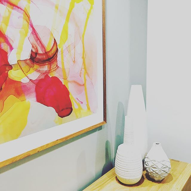 throwback thursday - we love a little bit of colour and how much it can lift a space. #styling #art #decor #joy #colour @laramerrett @contemporaryeditions #interiordesign #print @designbybrutus @derlindesign