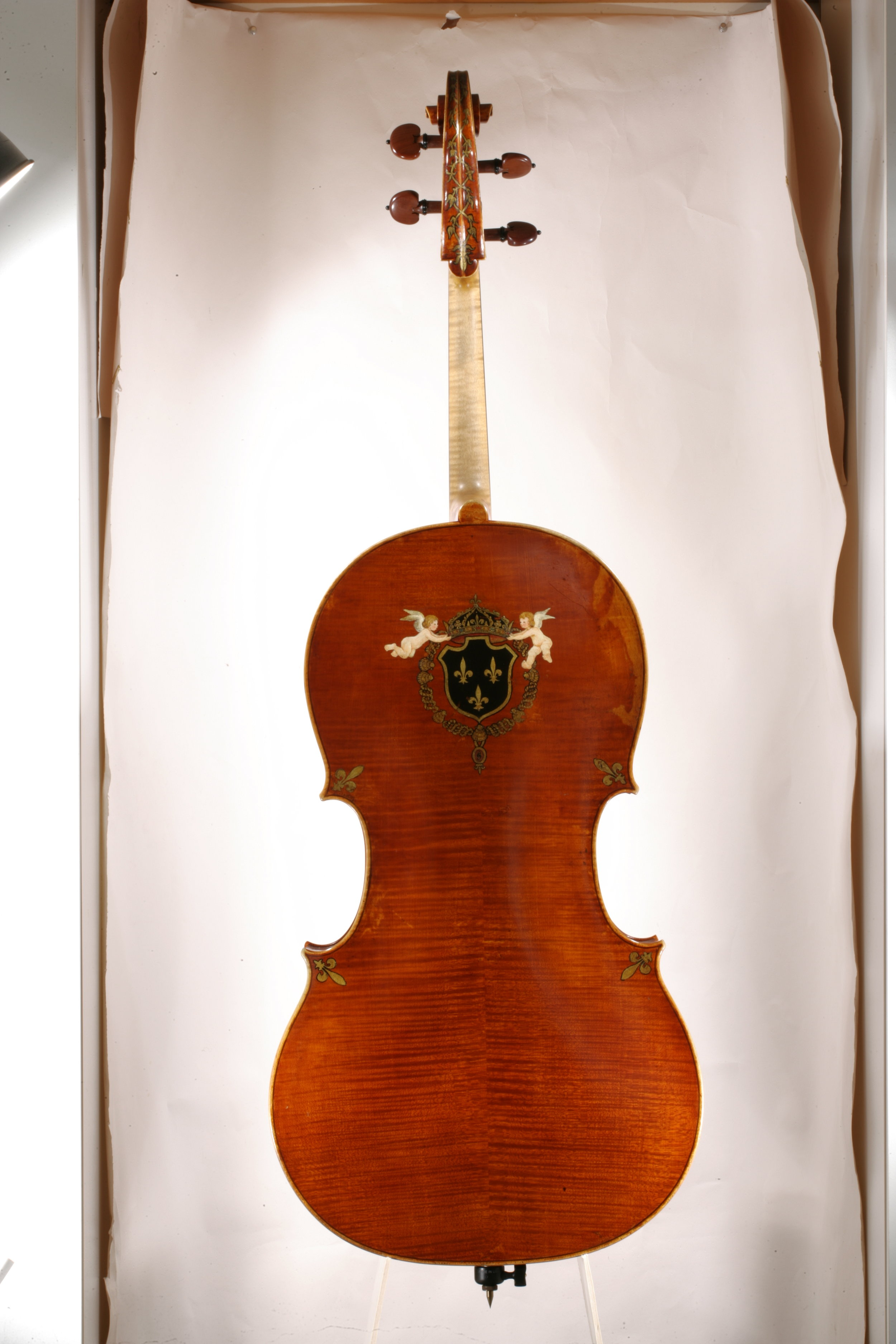 Back of the Grubaugh & Seifert cello from 1989.