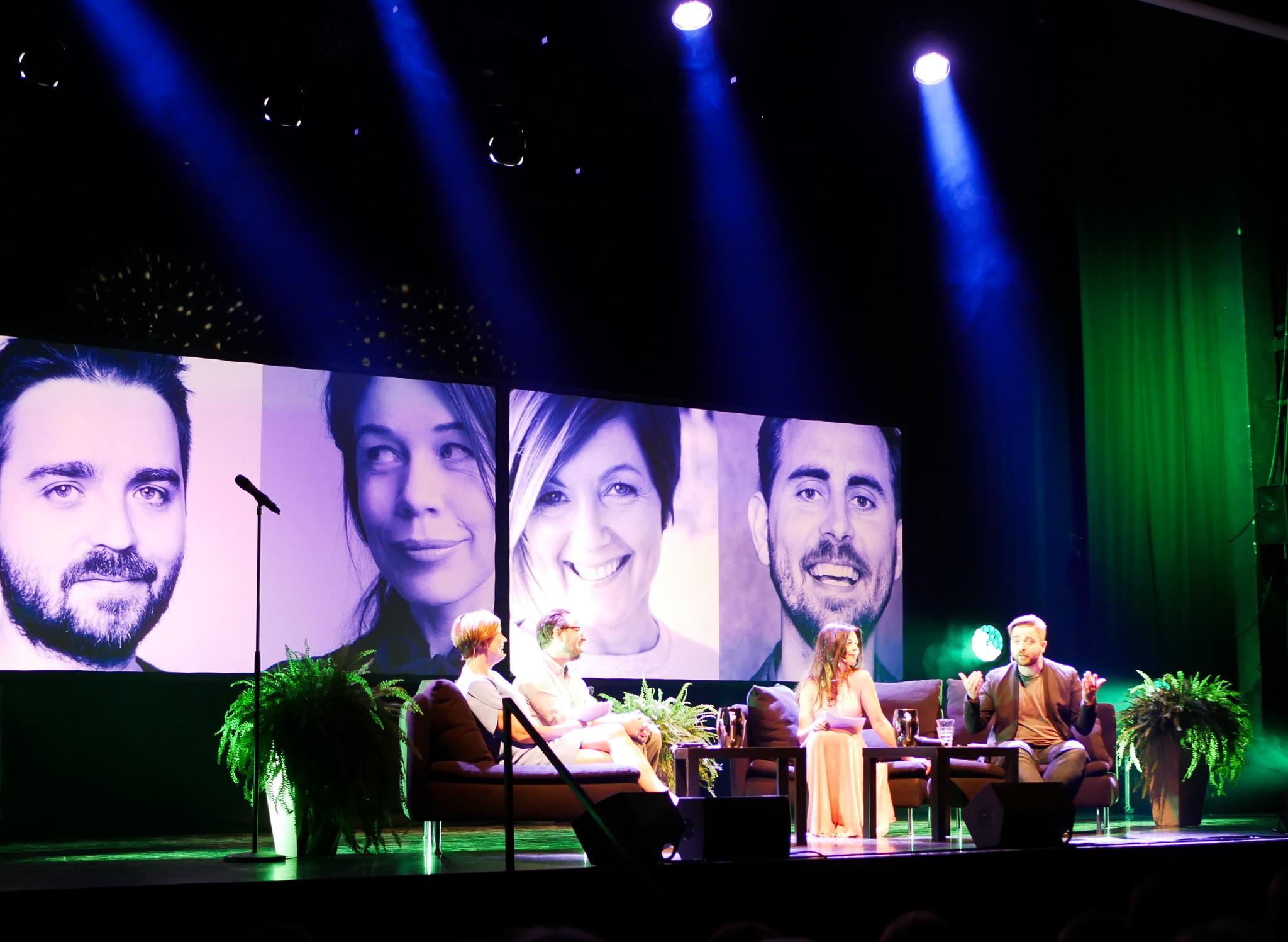 Maria, Philip,Lotta och Ted underhöll publiken.