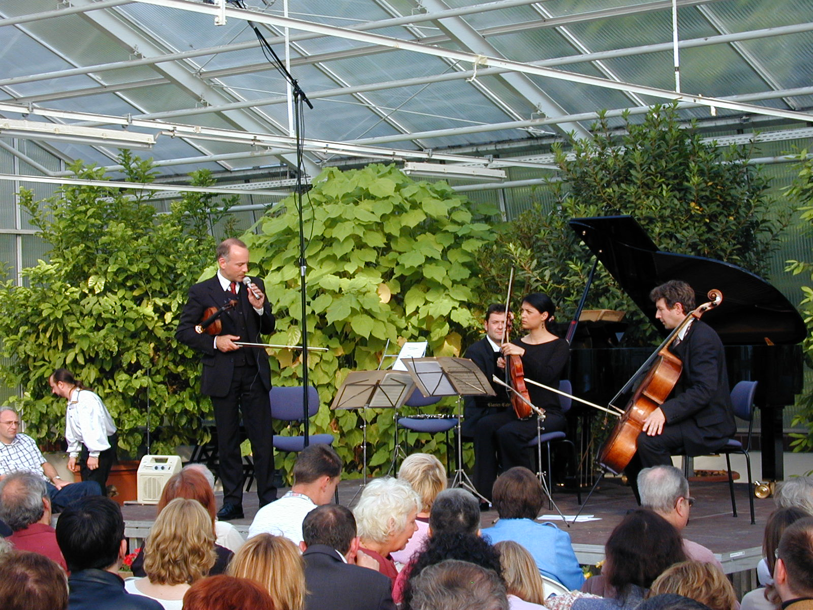 The Akanthus Ensemble at the Botanical Garden Berlin with an all-Russian program and guest artists