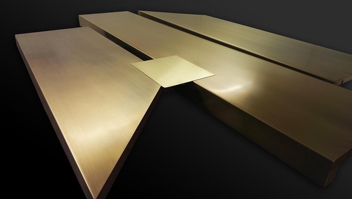 3. Sendinta šlifuota bronza dengta vašku.