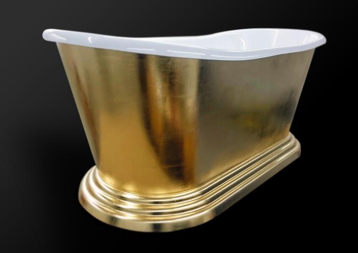 79. Akrilinė vonia dengta šlagmetalo lapeliais