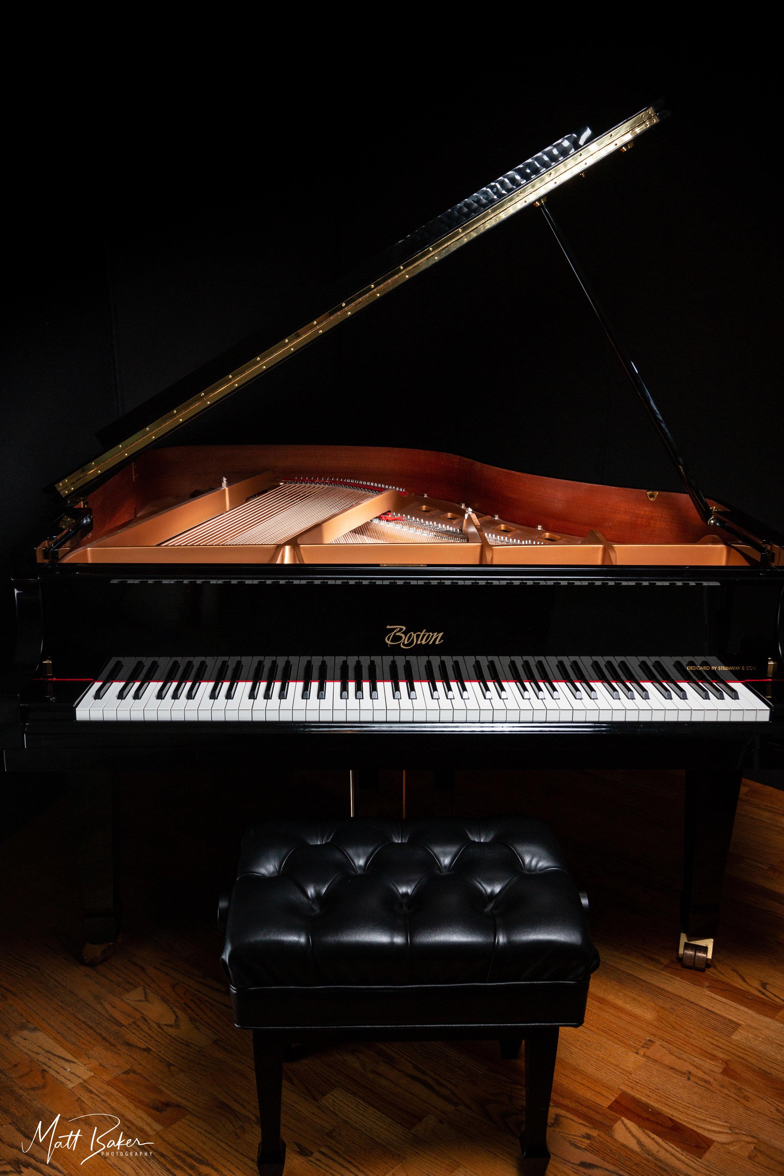 Piano in Studio_MG_5618.jpg