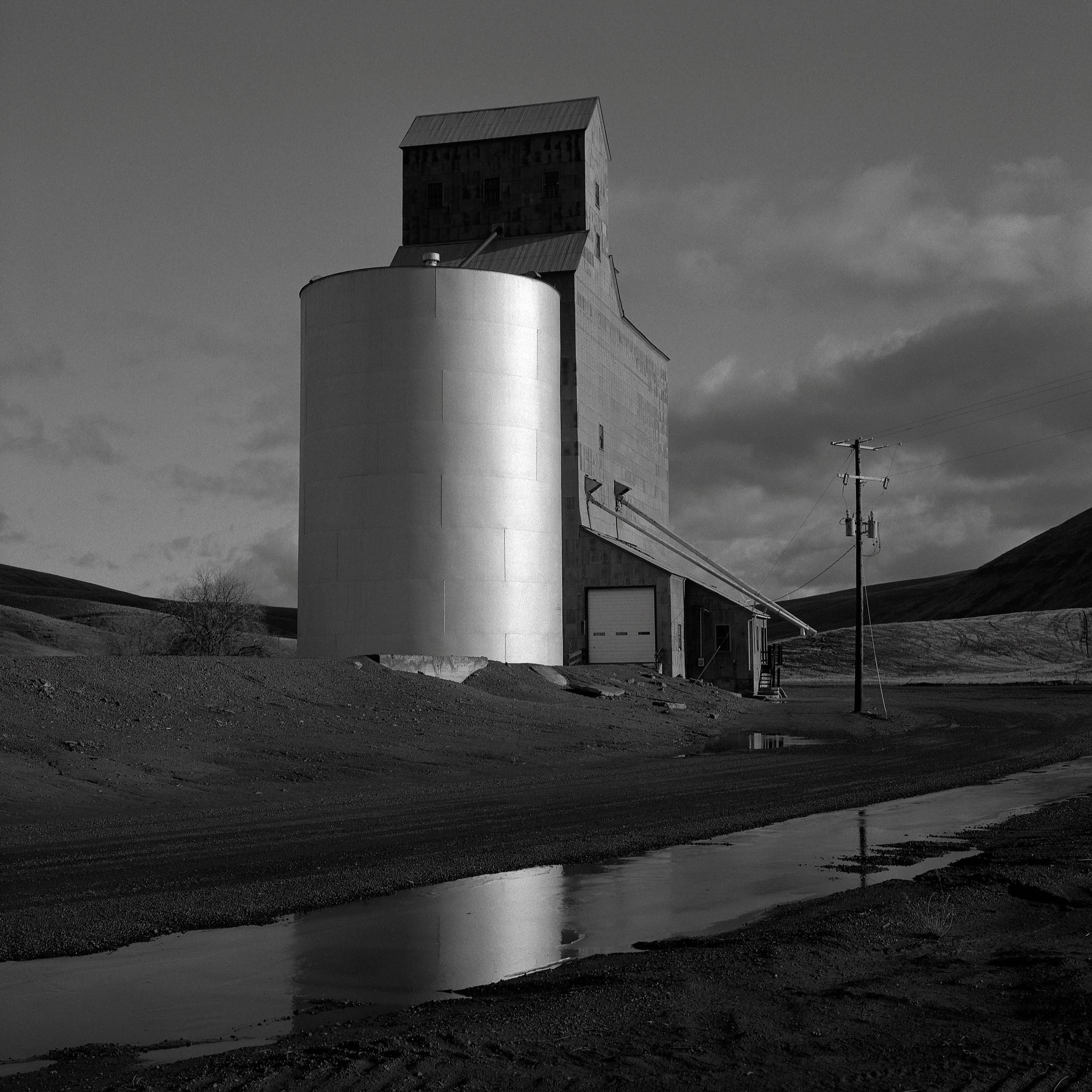 Grain Elevator, near Dayton