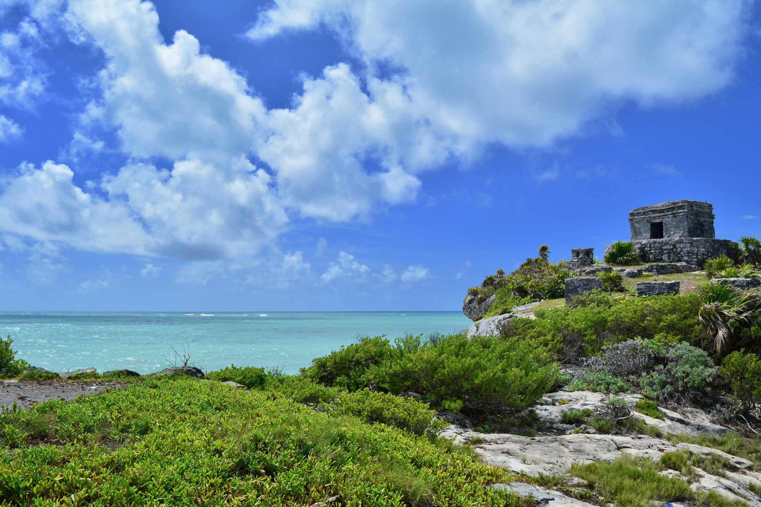 Tulum ruins overlooking the Caribbean