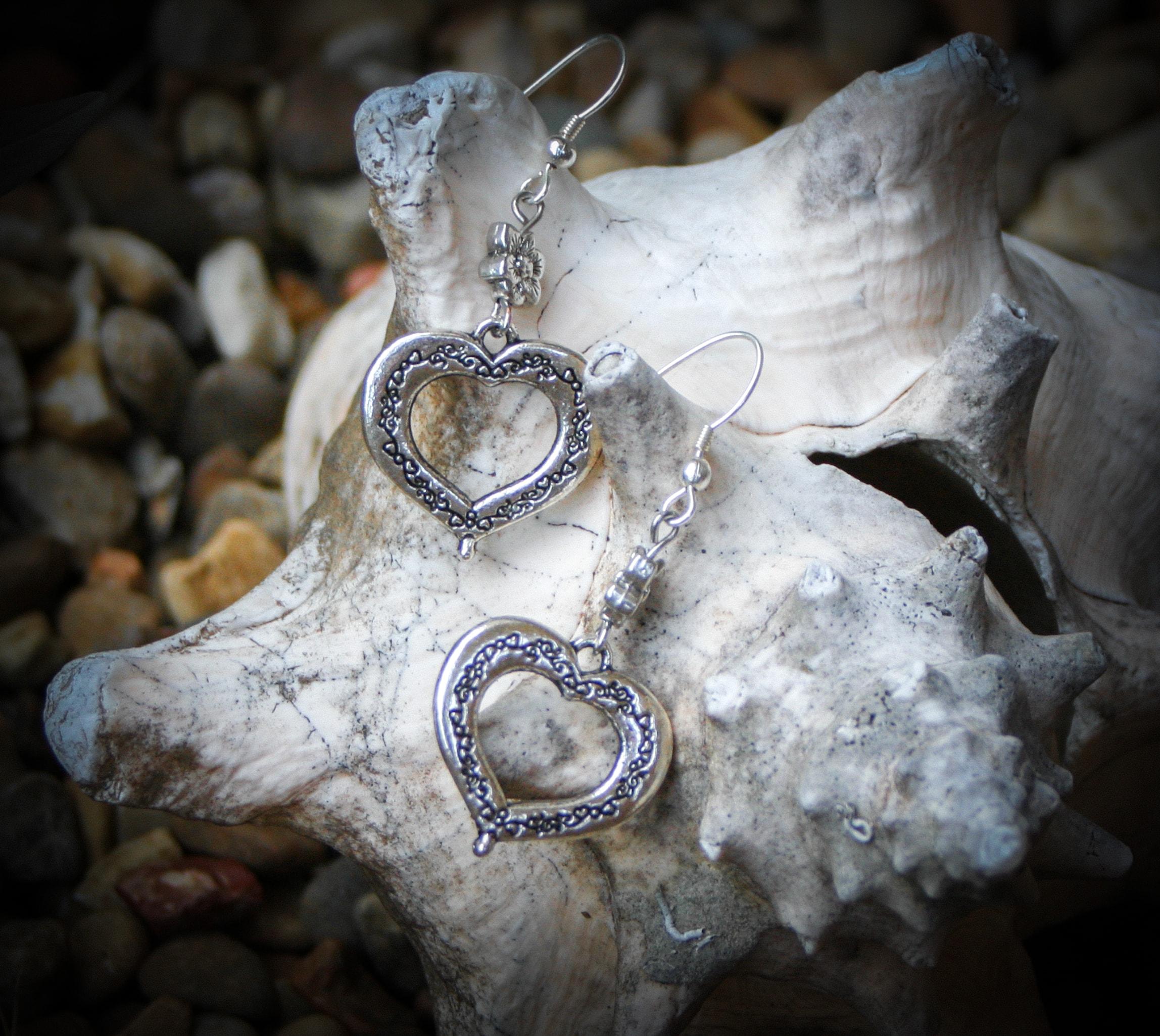 Heart Earrings-min.jpg