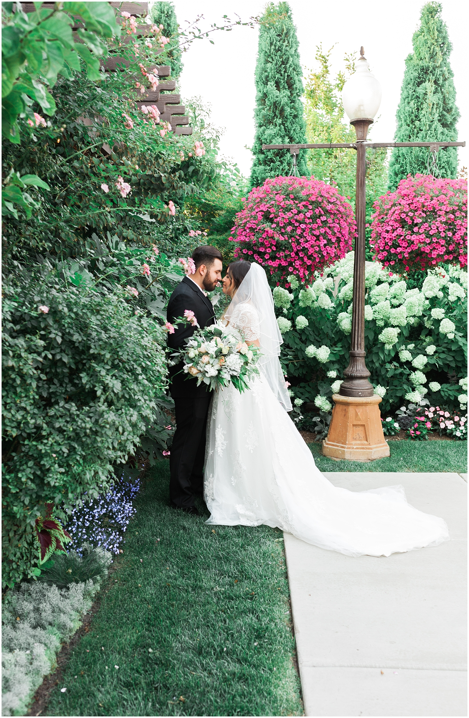 Rachel Reyes Photography-Utah Wedding Photographer-The Villa in Cedar Hills_0088.jpg