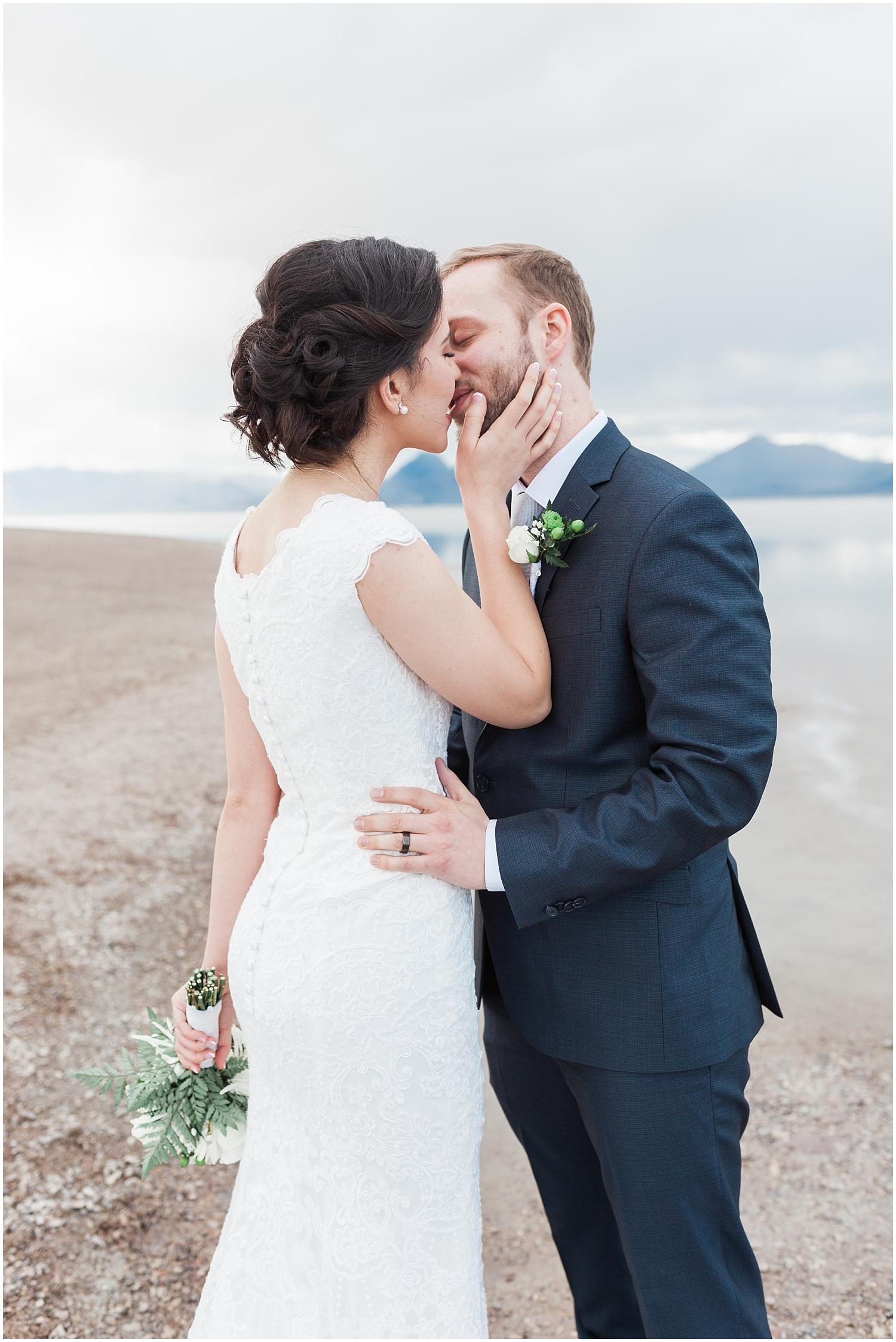 Bonneville Salt Flats Bridals-Ryan & Rachael-Rachel Reyes Photography_0137.jpg