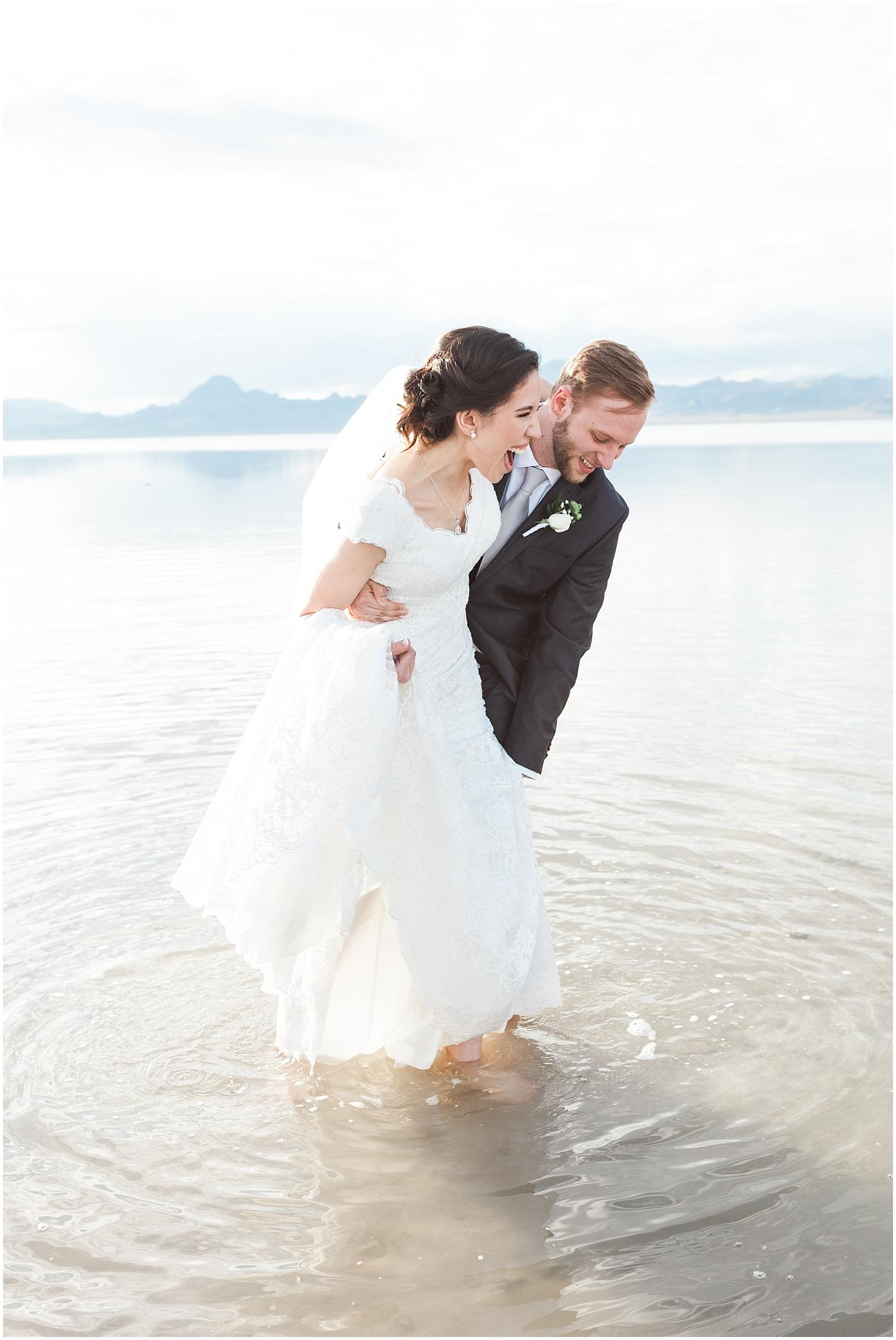 Bonneville Salt Flats Bridals-Ryan & Rachael-Rachel Reyes Photography_0140.jpg