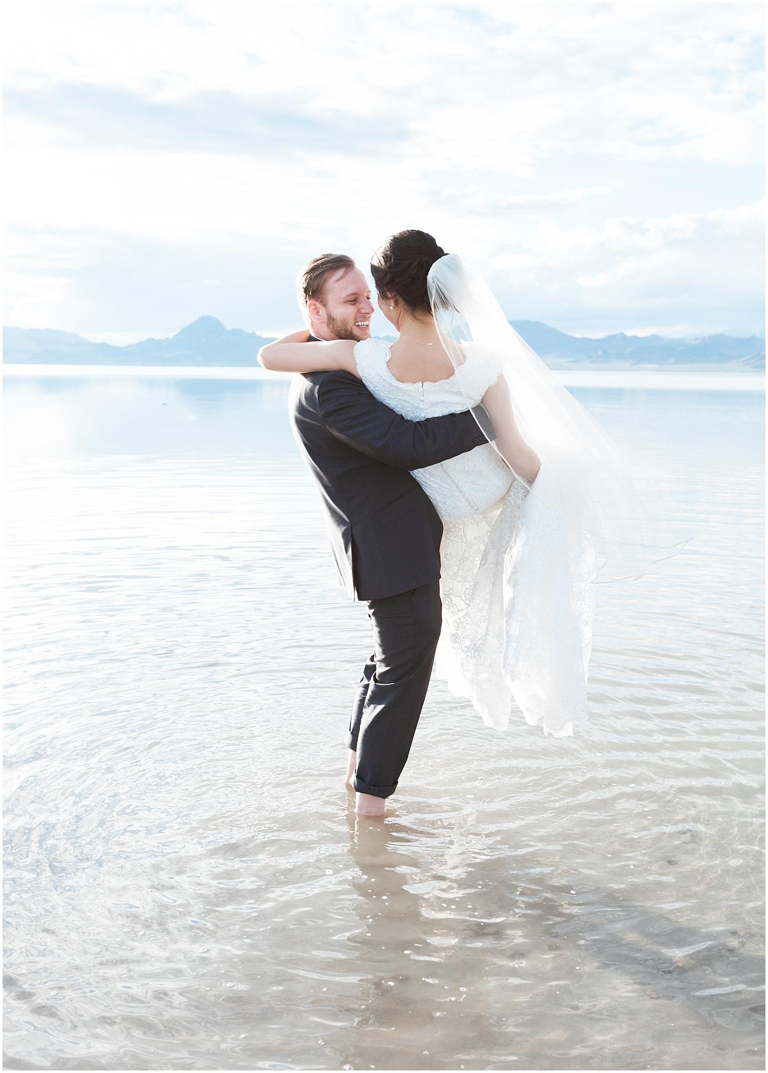 Bonneville Salt Flats Bridals-Ryan & Rachael-Rachel Reyes Photography_0139.jpg