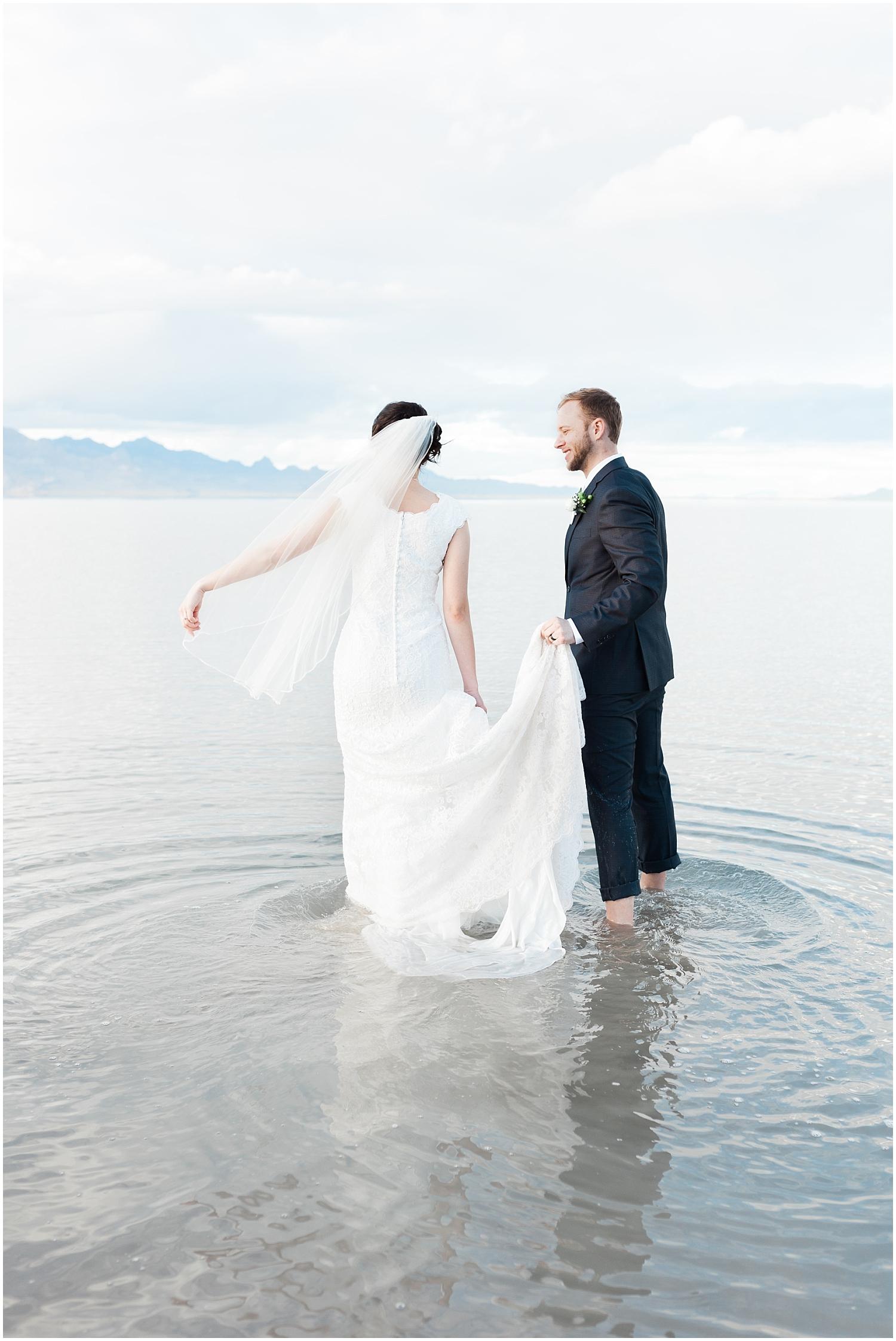 Bonneville Salt Flats Bridals-Ryan & Rachael-Rachel Reyes Photography_0149.jpg
