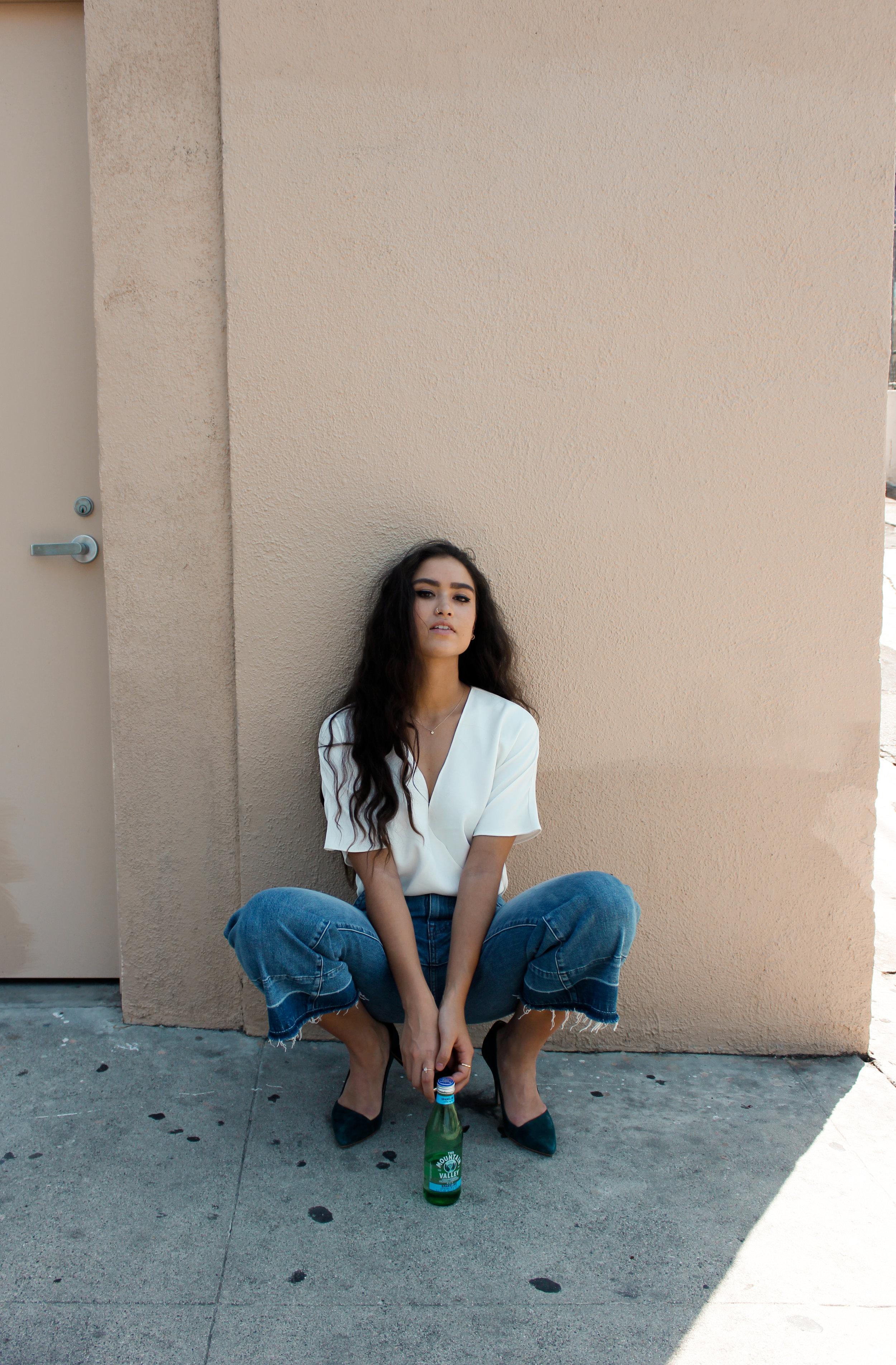 caitlin_miyako_taylor_madewell_released_hem_jeans