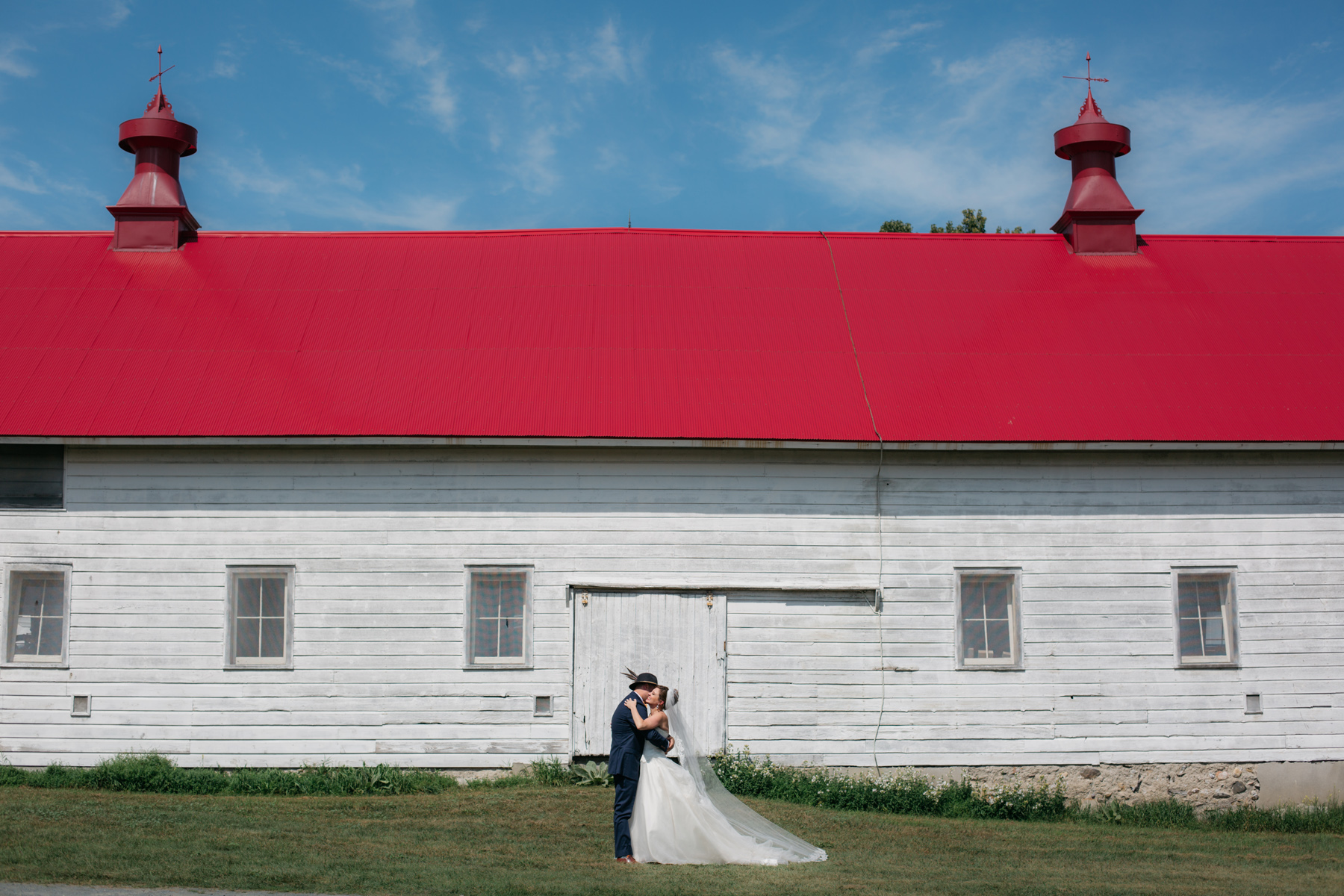 shaker_heritage_barn_wedding_0023.jpg