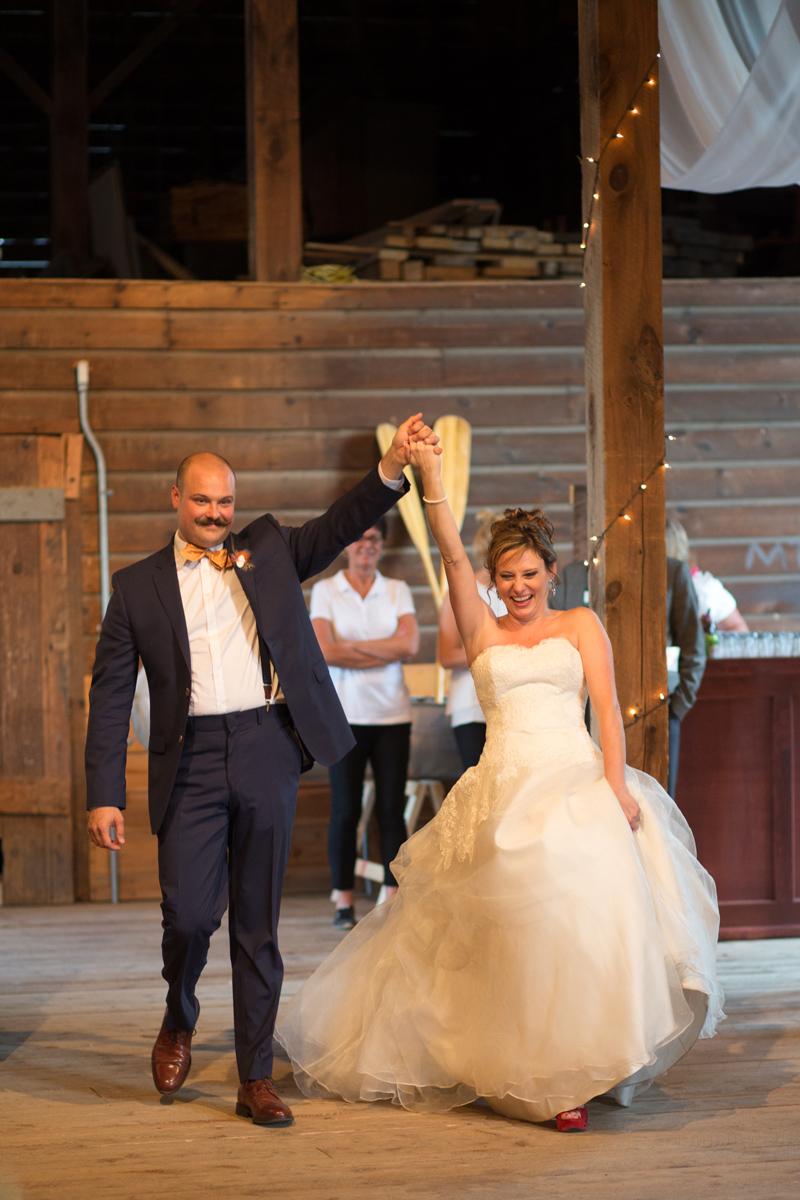 shaker_heritage_barn_wedding_0052.jpg