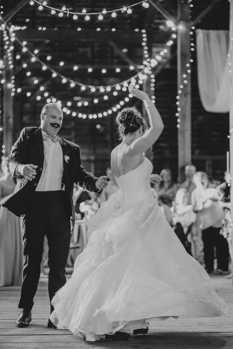 shaker_heritage_barn_wedding_0053.jpg