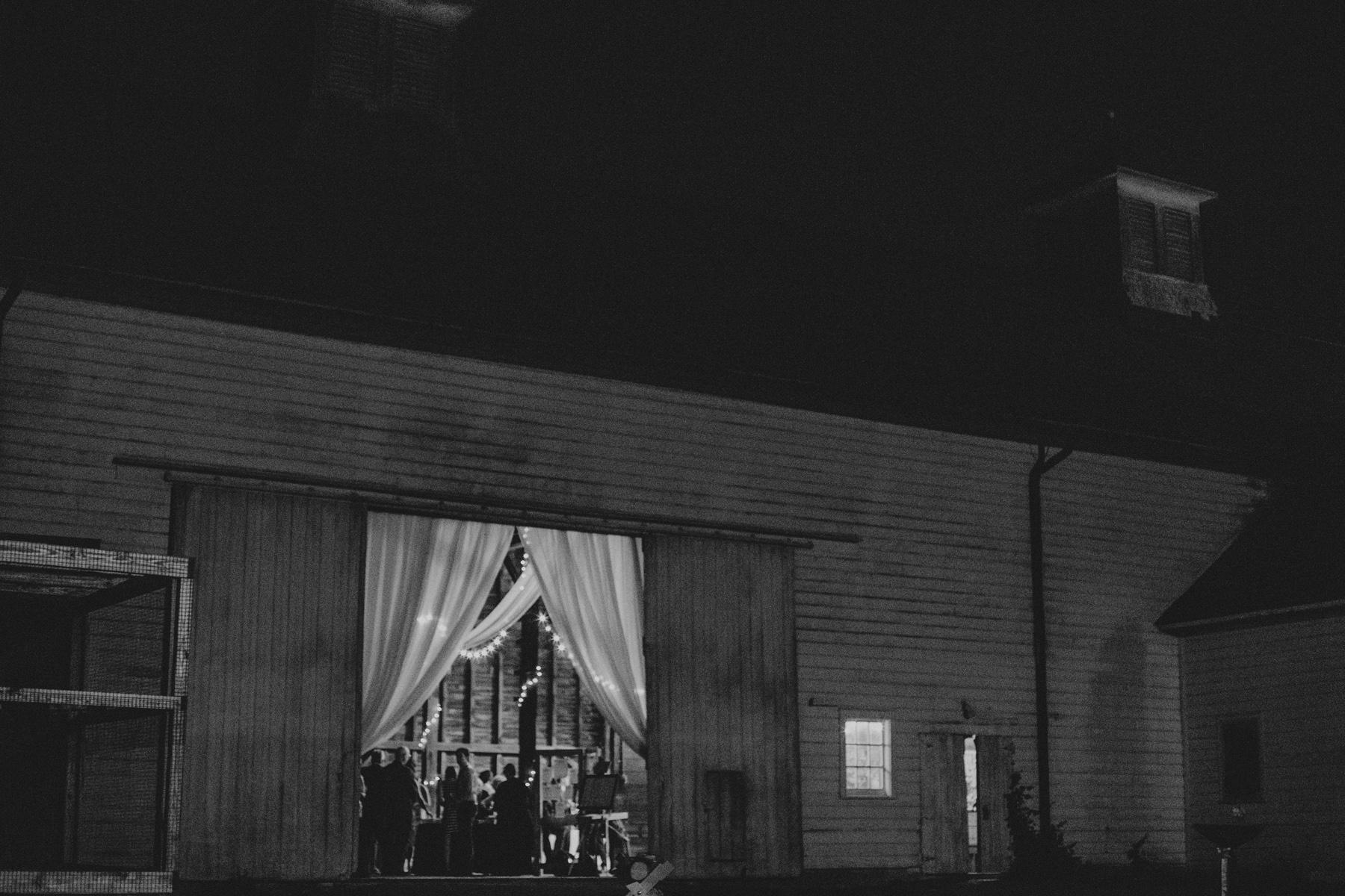 shaker_heritage_barn_wedding_0059.jpg