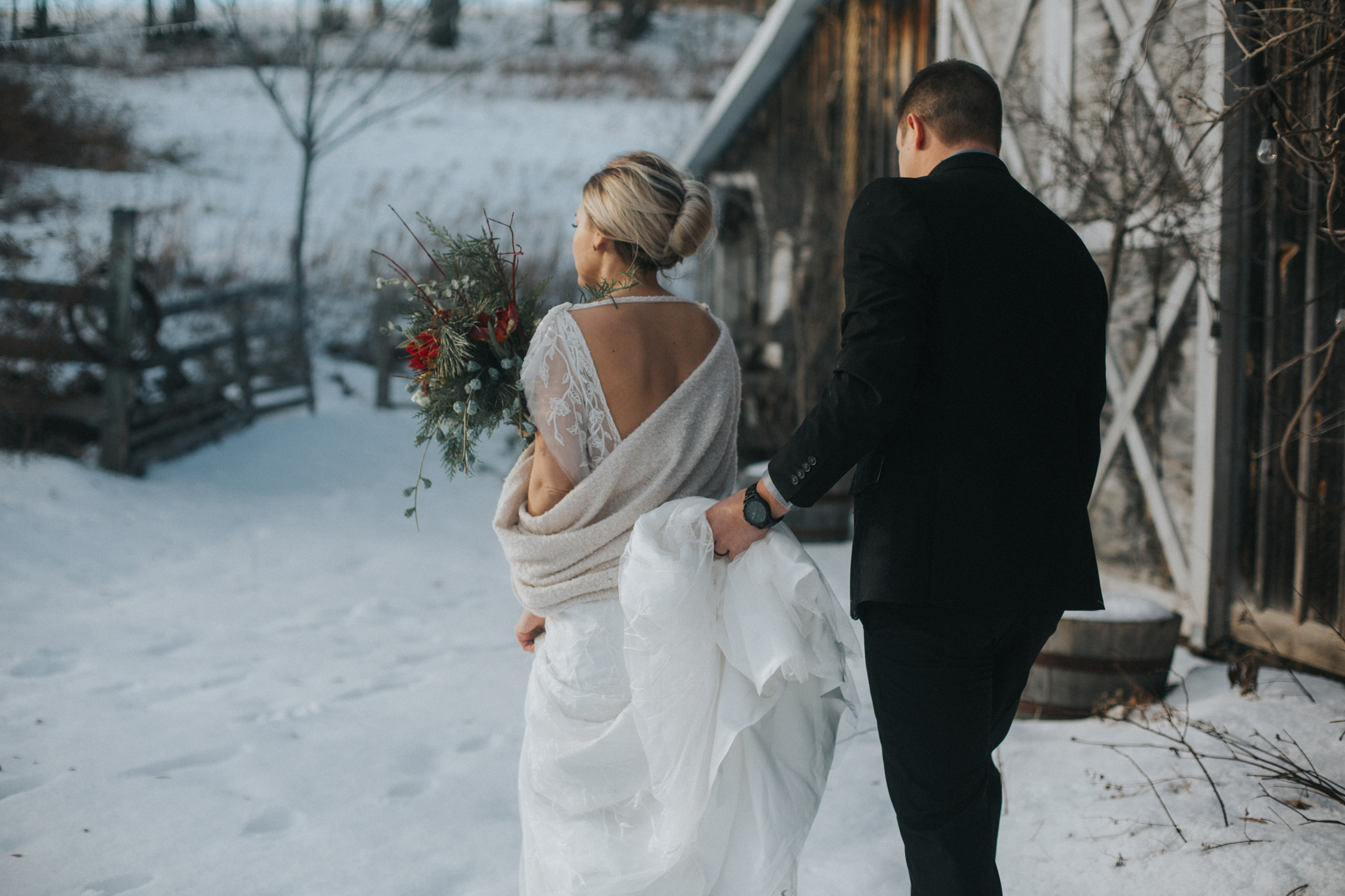mnd_farm_winter_wedding_003.jpg
