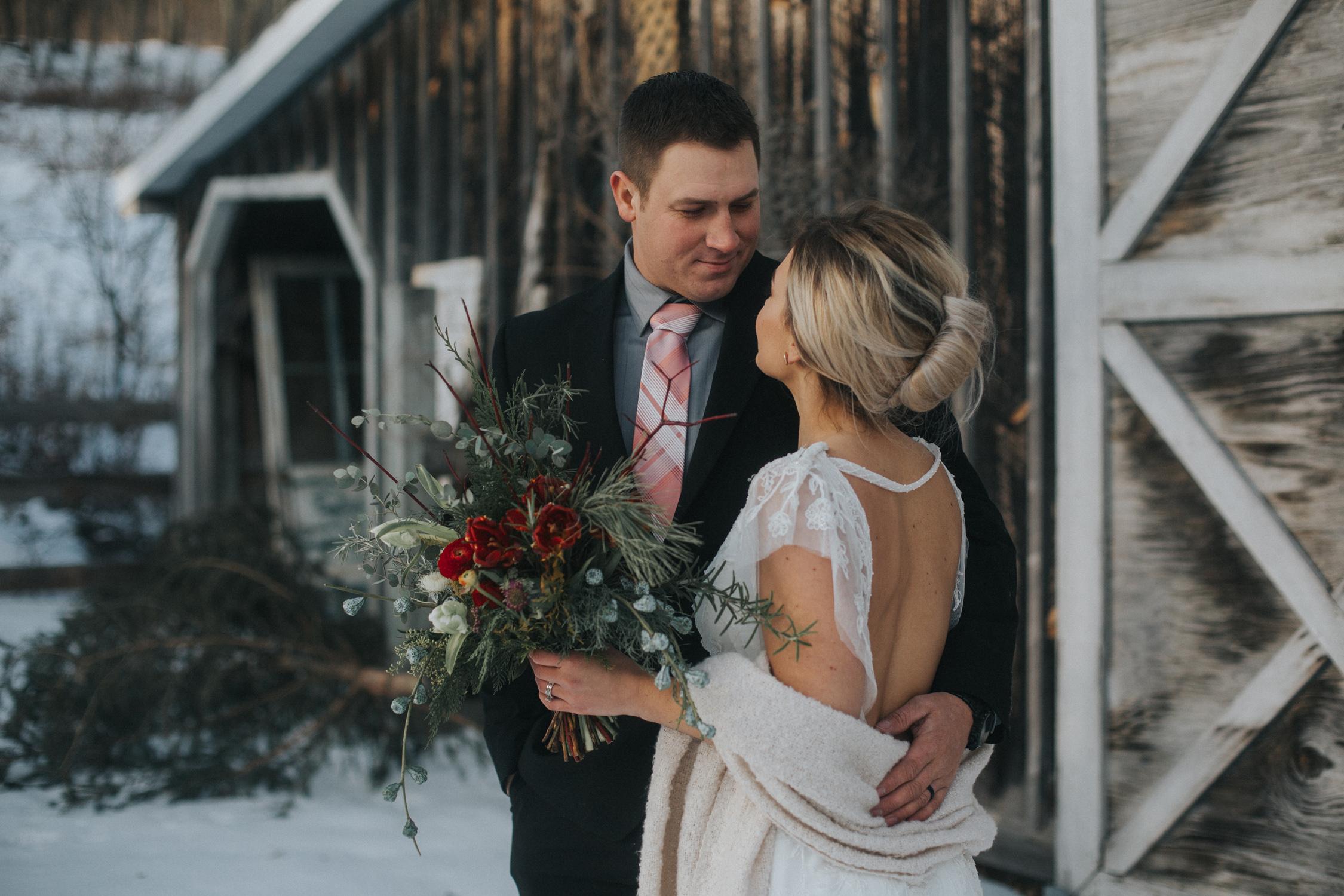 mnd_farm_winter_wedding_007.jpg