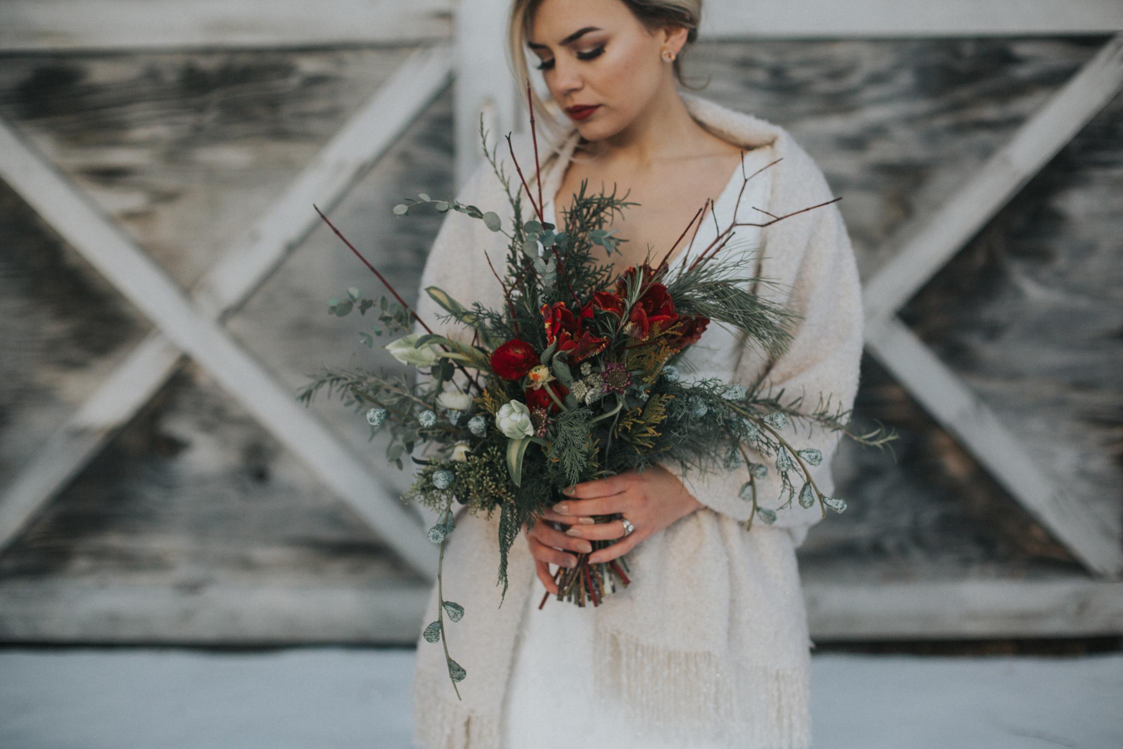 mnd_farm_winter_wedding_010.jpg