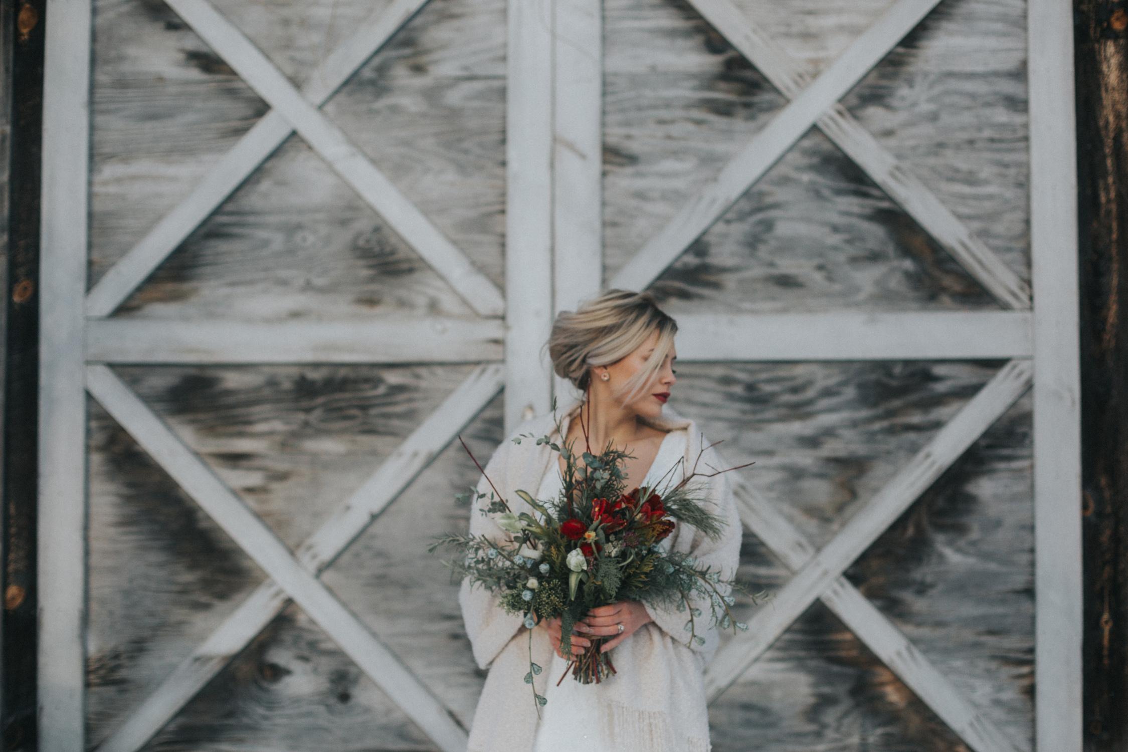 mnd_farm_winter_wedding_012.jpg