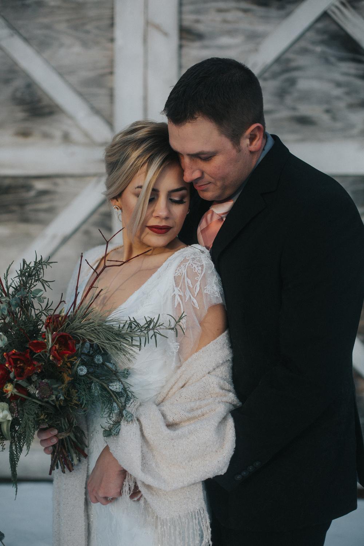 mnd_farm_winter_wedding_014.jpg