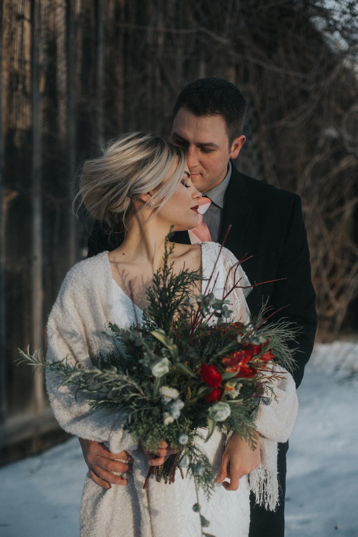 mnd_farm_winter_wedding_015.jpg