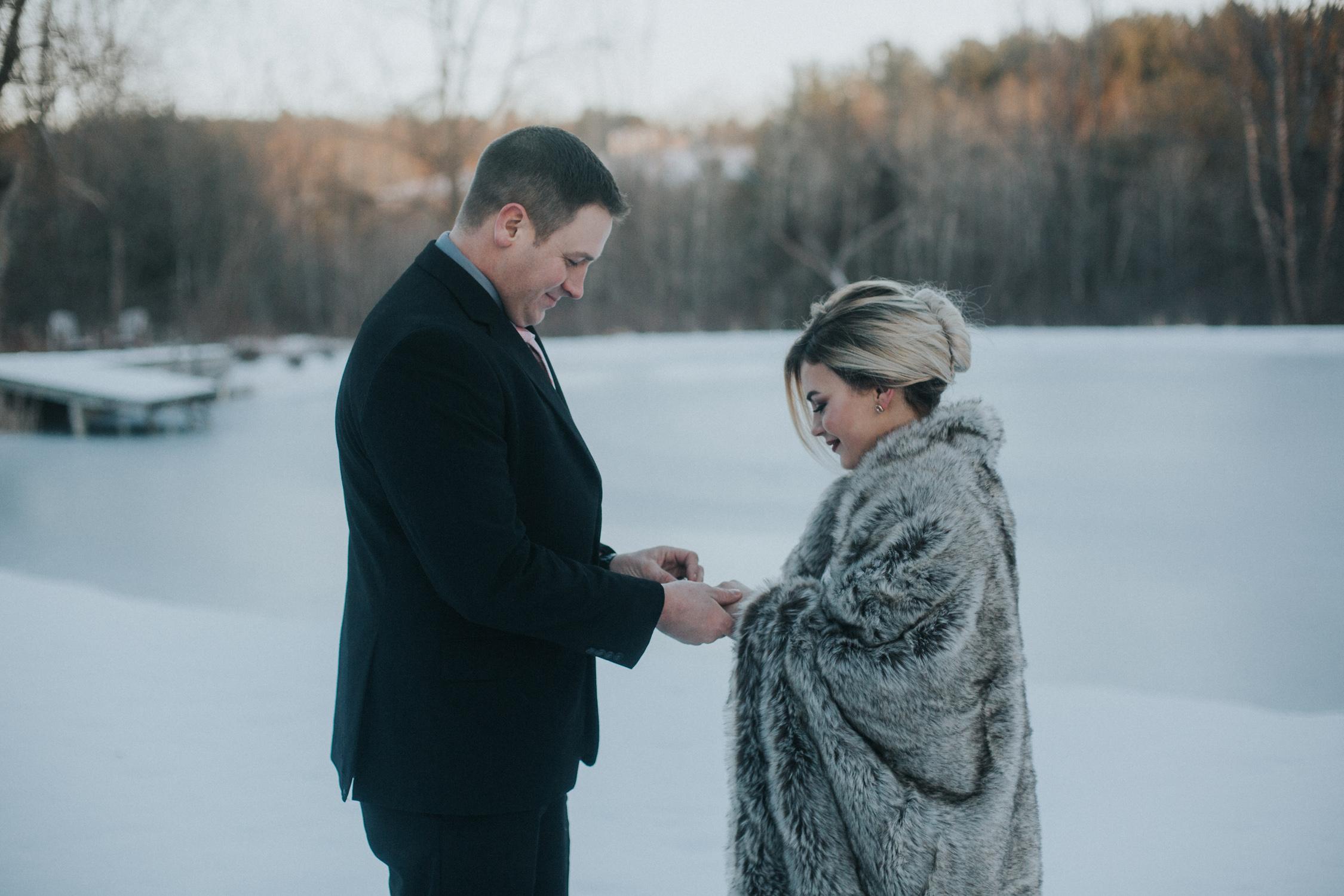 mnd_farm_winter_wedding_031.jpg