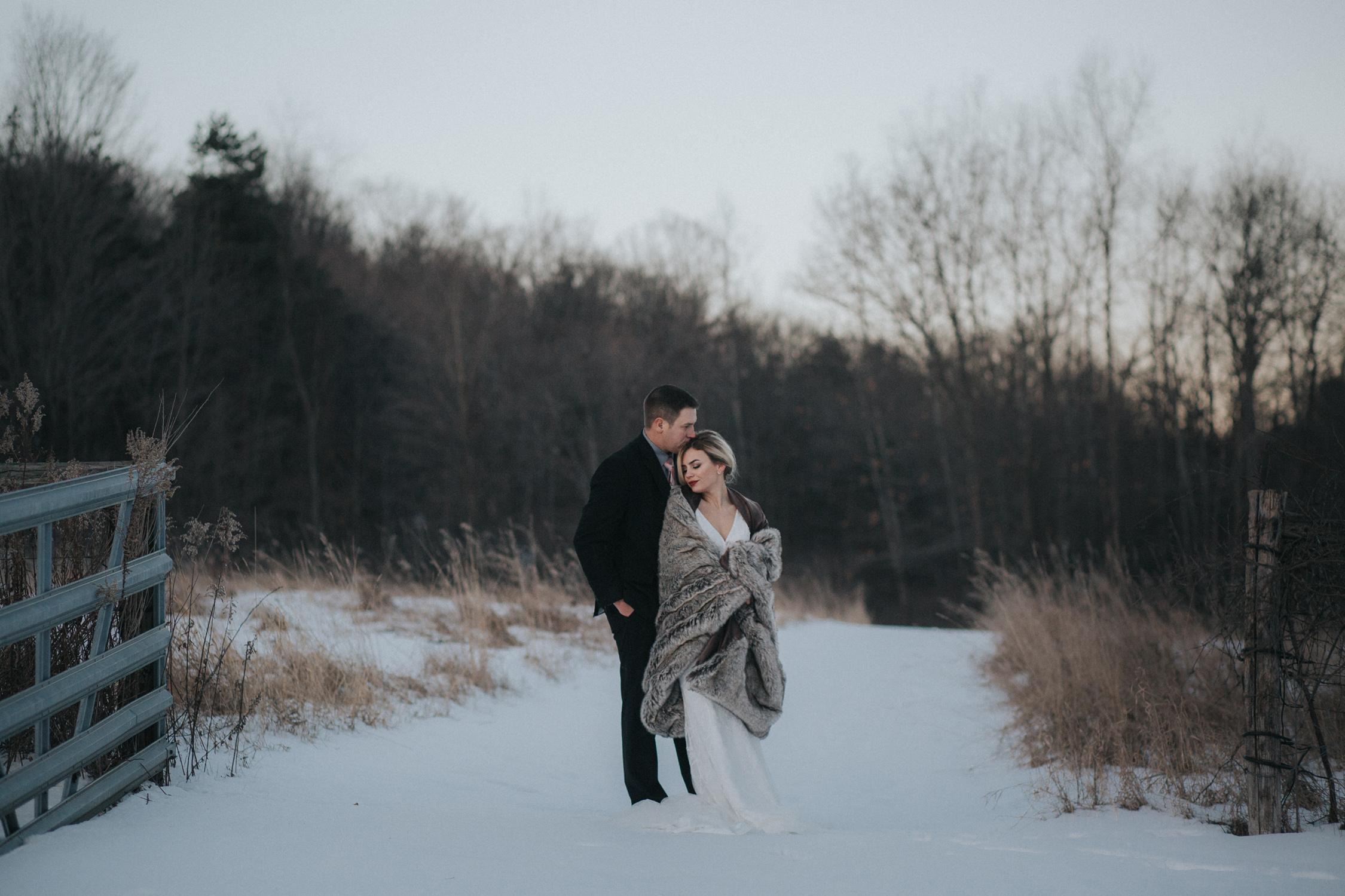mnd_farm_winter_wedding_039.jpg