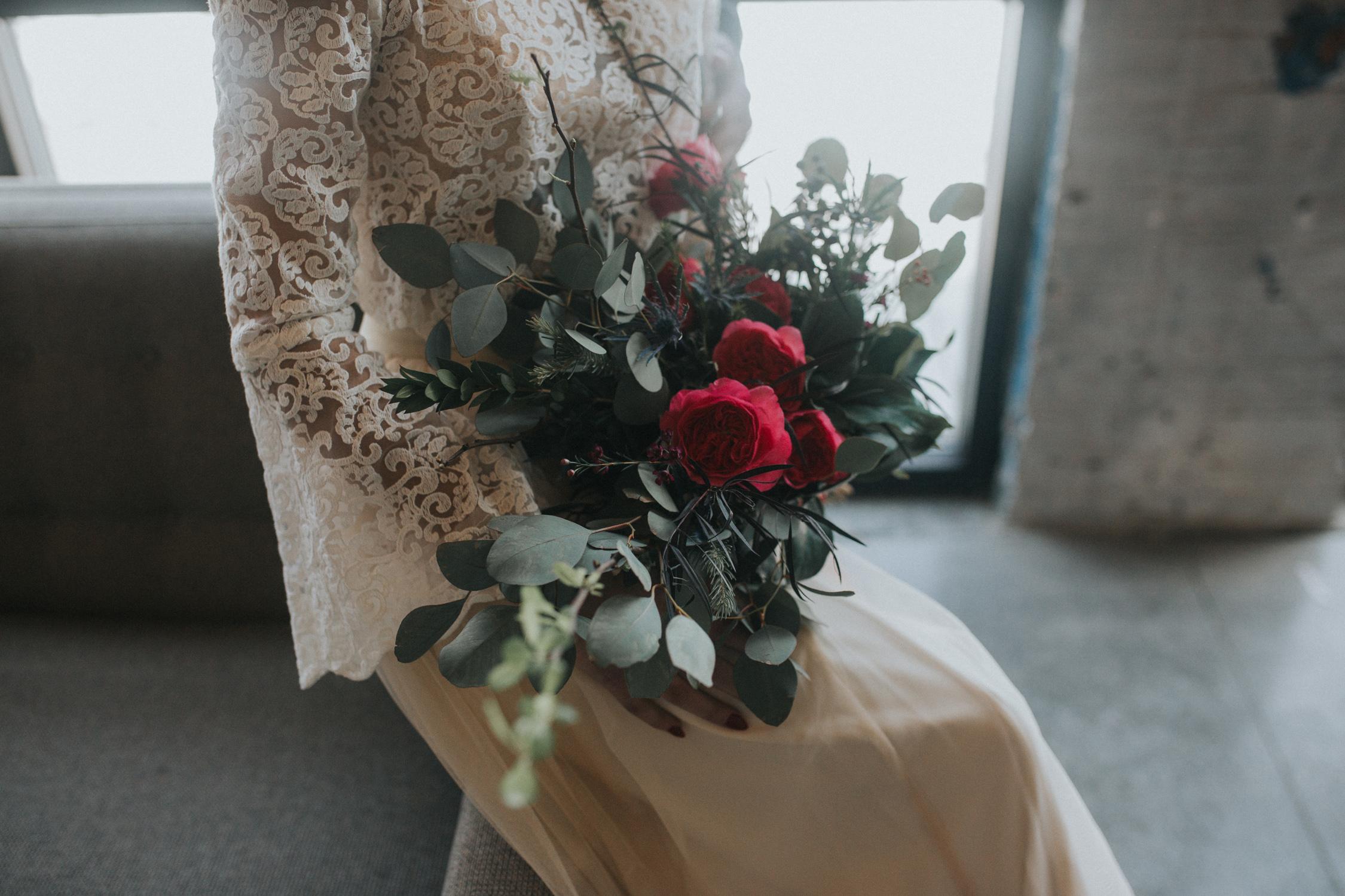 joes_garage_wedding_024.jpg