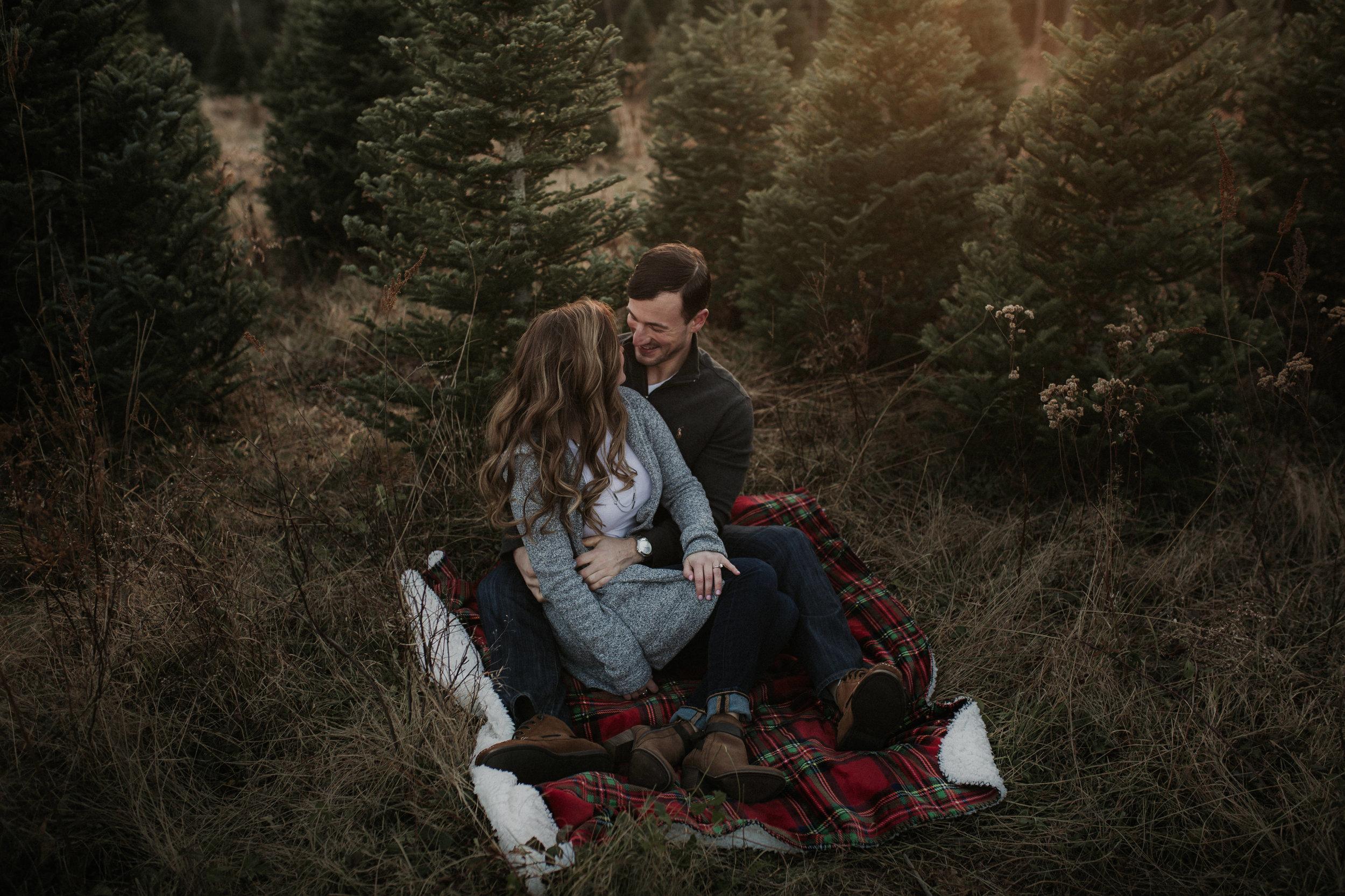 christmas_tree_farm_engagement_shoot_014.JPG