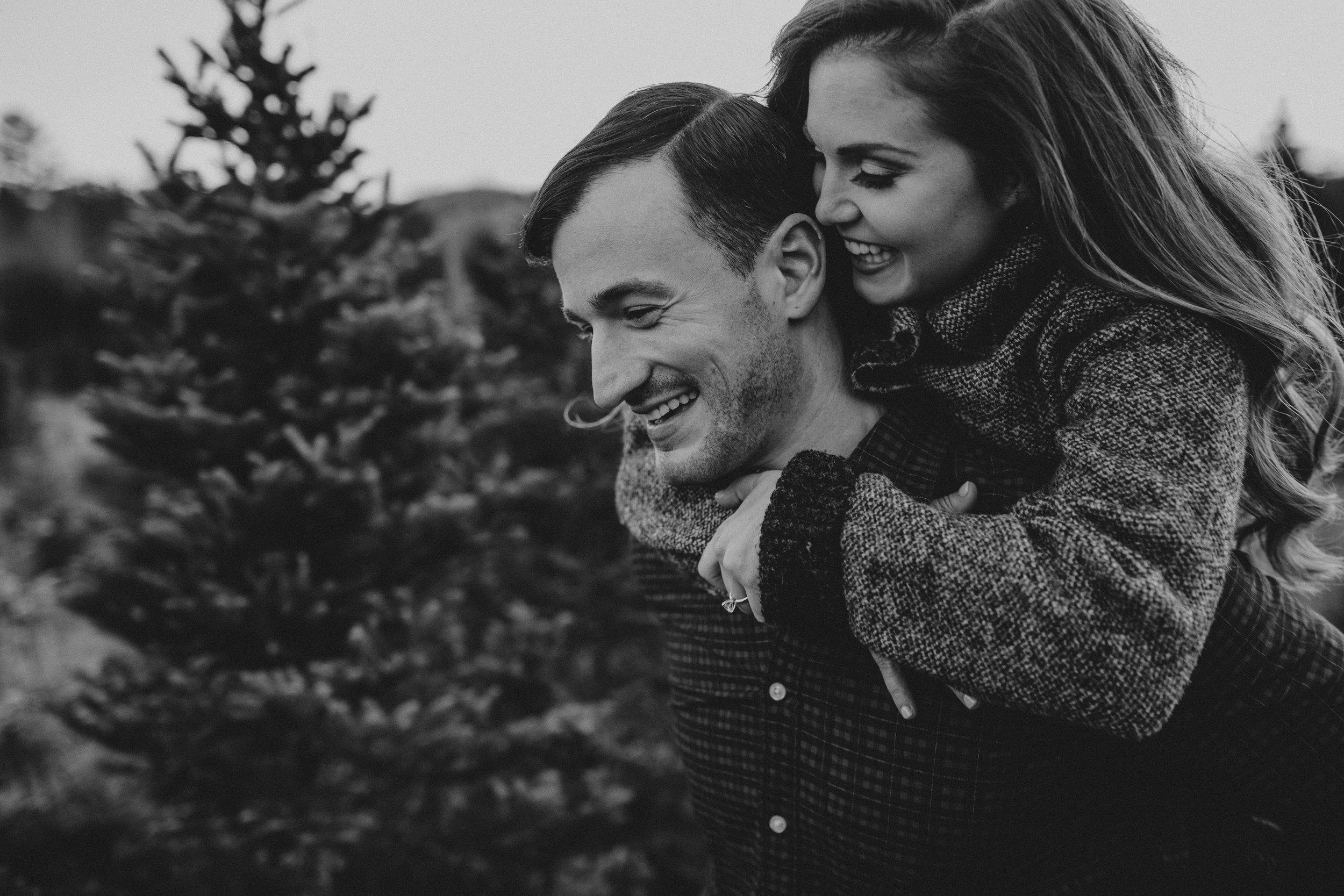 christmas_tree_farm_engagement_shoot_024.JPG