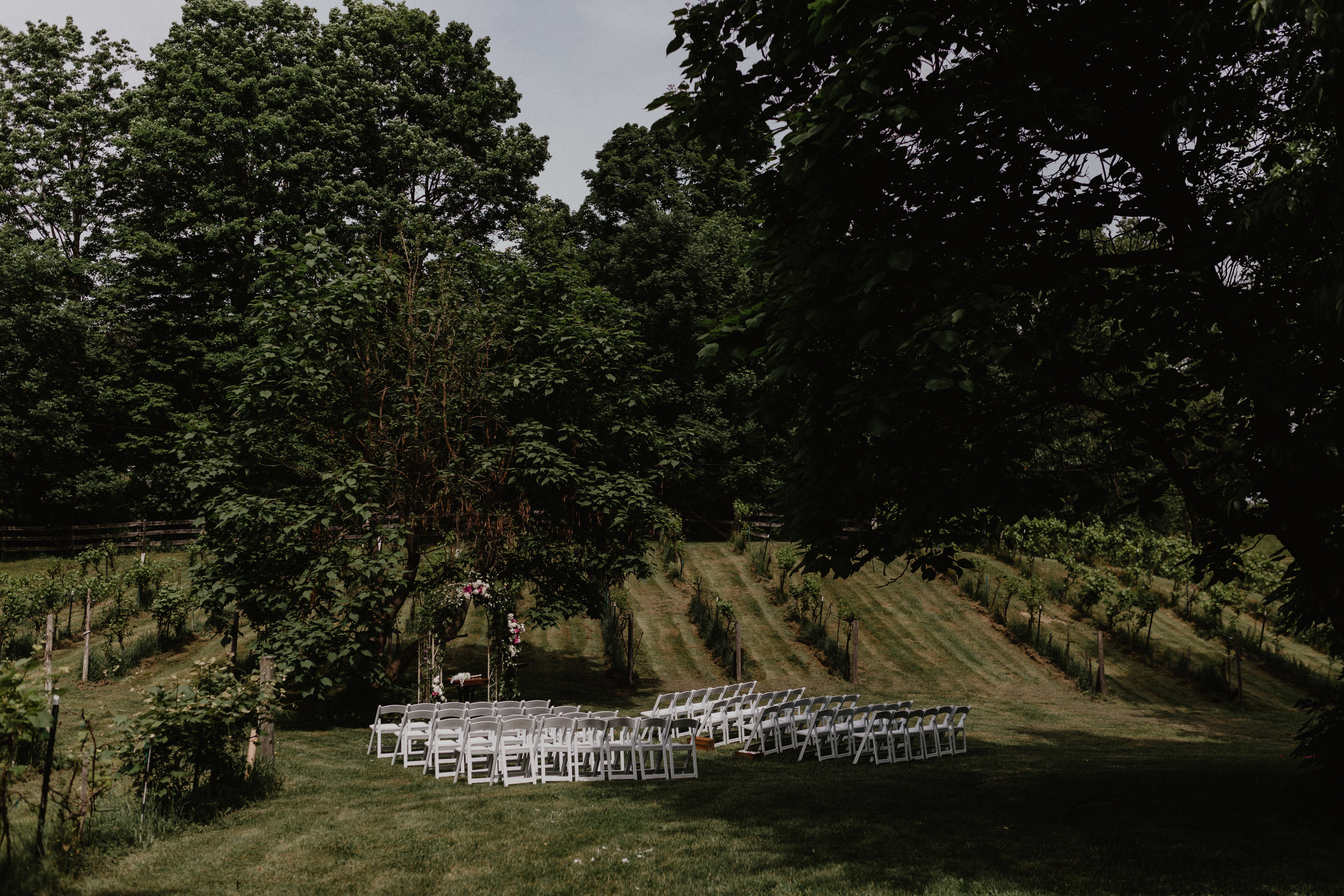 stablegate_farm_and_vineyard_wedding_048.jpg