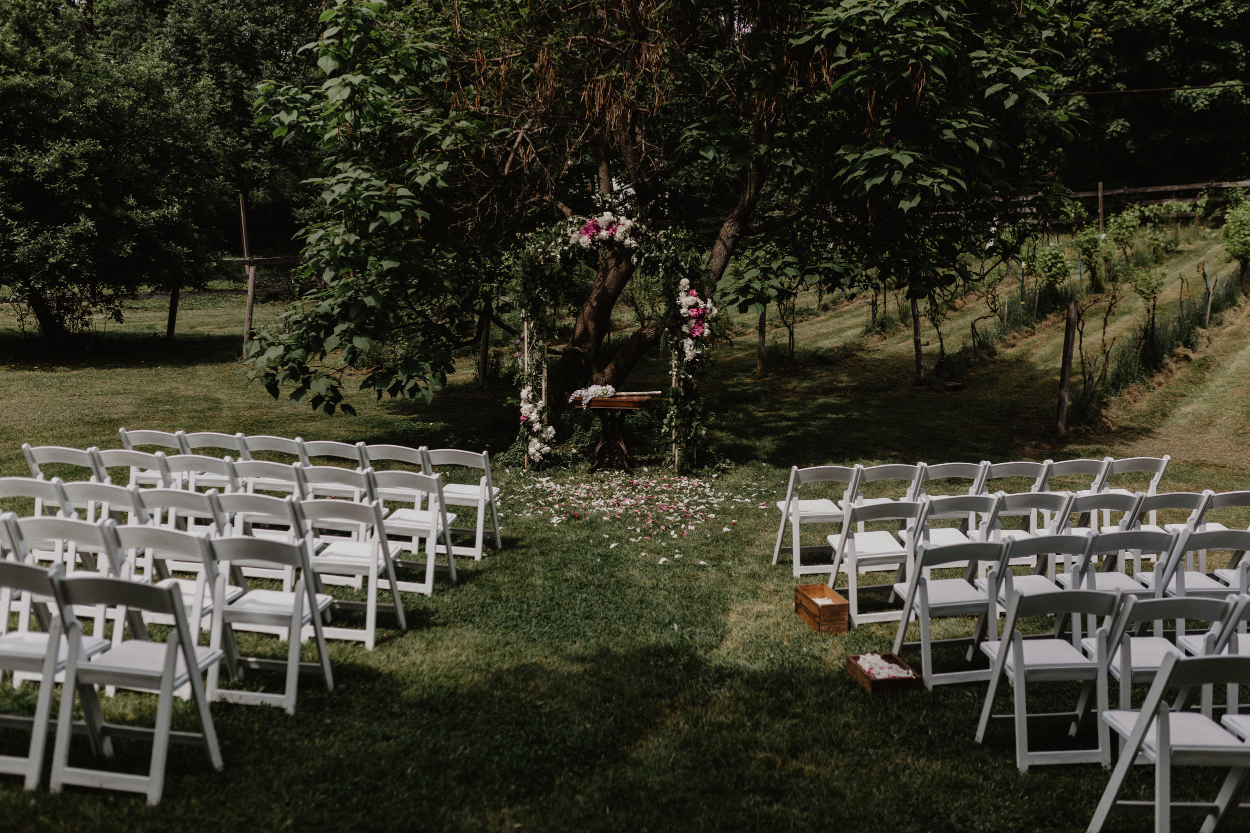 stablegate_farm_and_vineyard_wedding_049.jpg