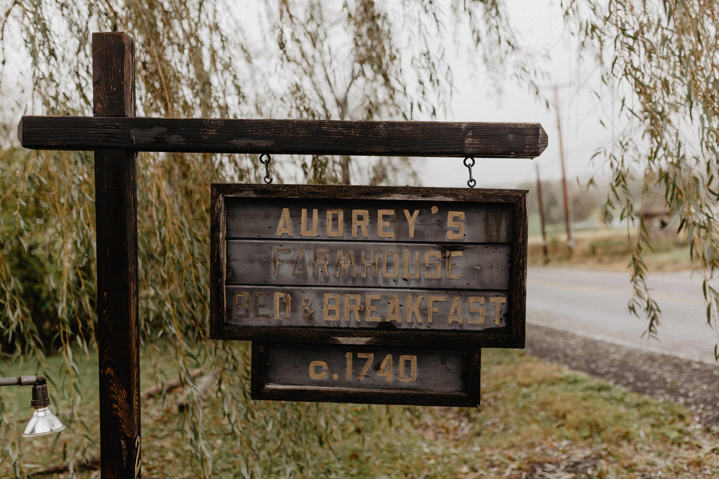 audreys_farmhouse_wedding_002.jpg