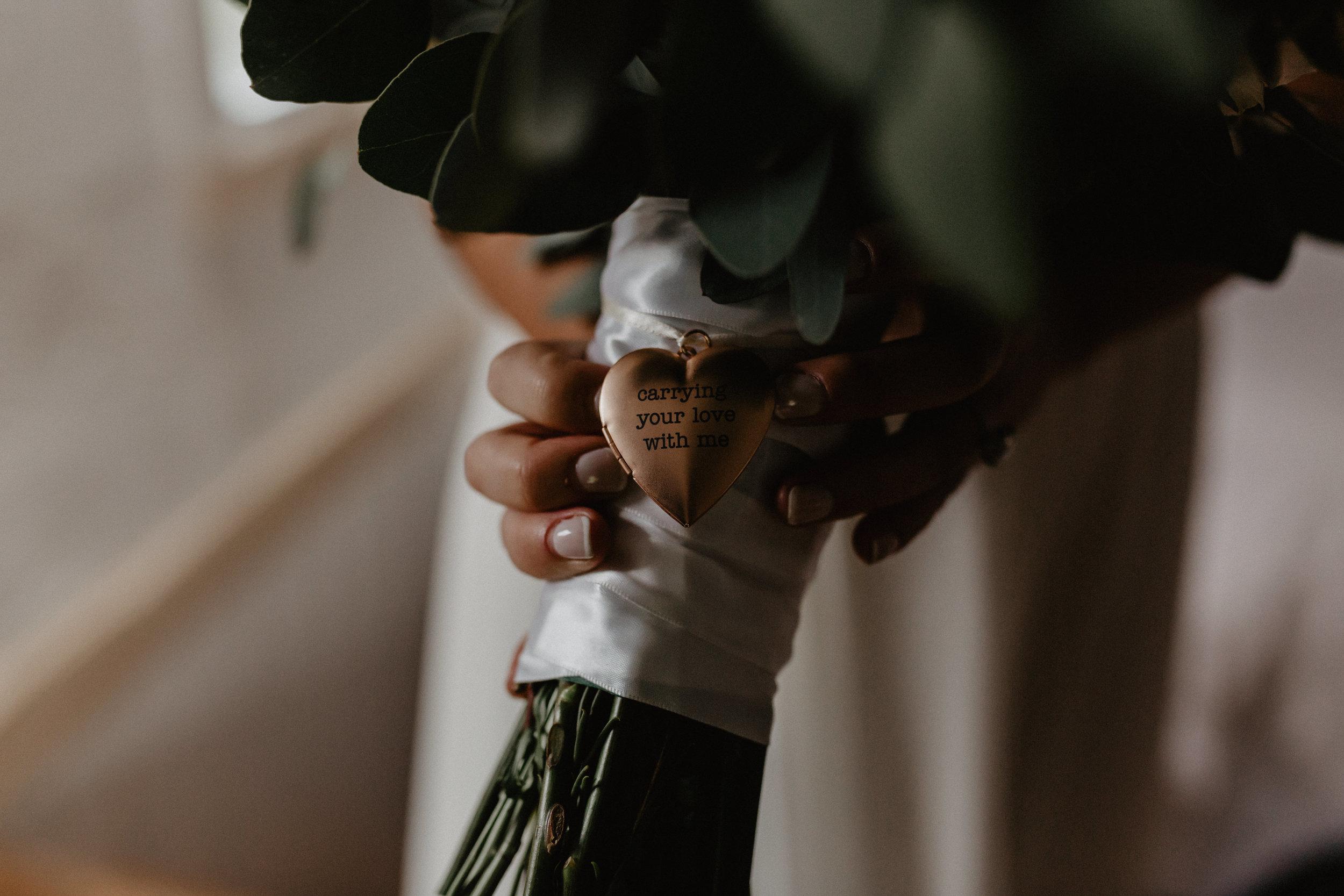 audreys_farmhouse_wedding_037.jpg