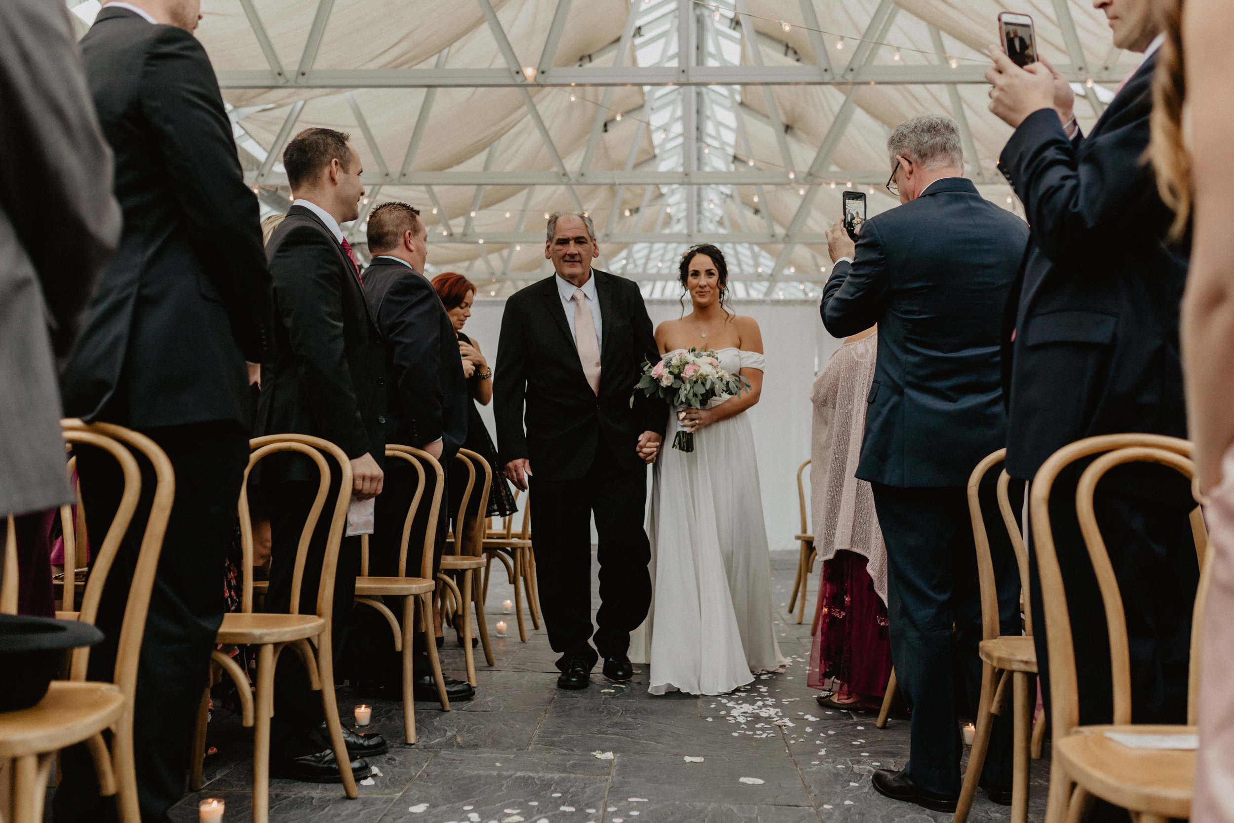 audreys_farmhouse_wedding_048.jpg