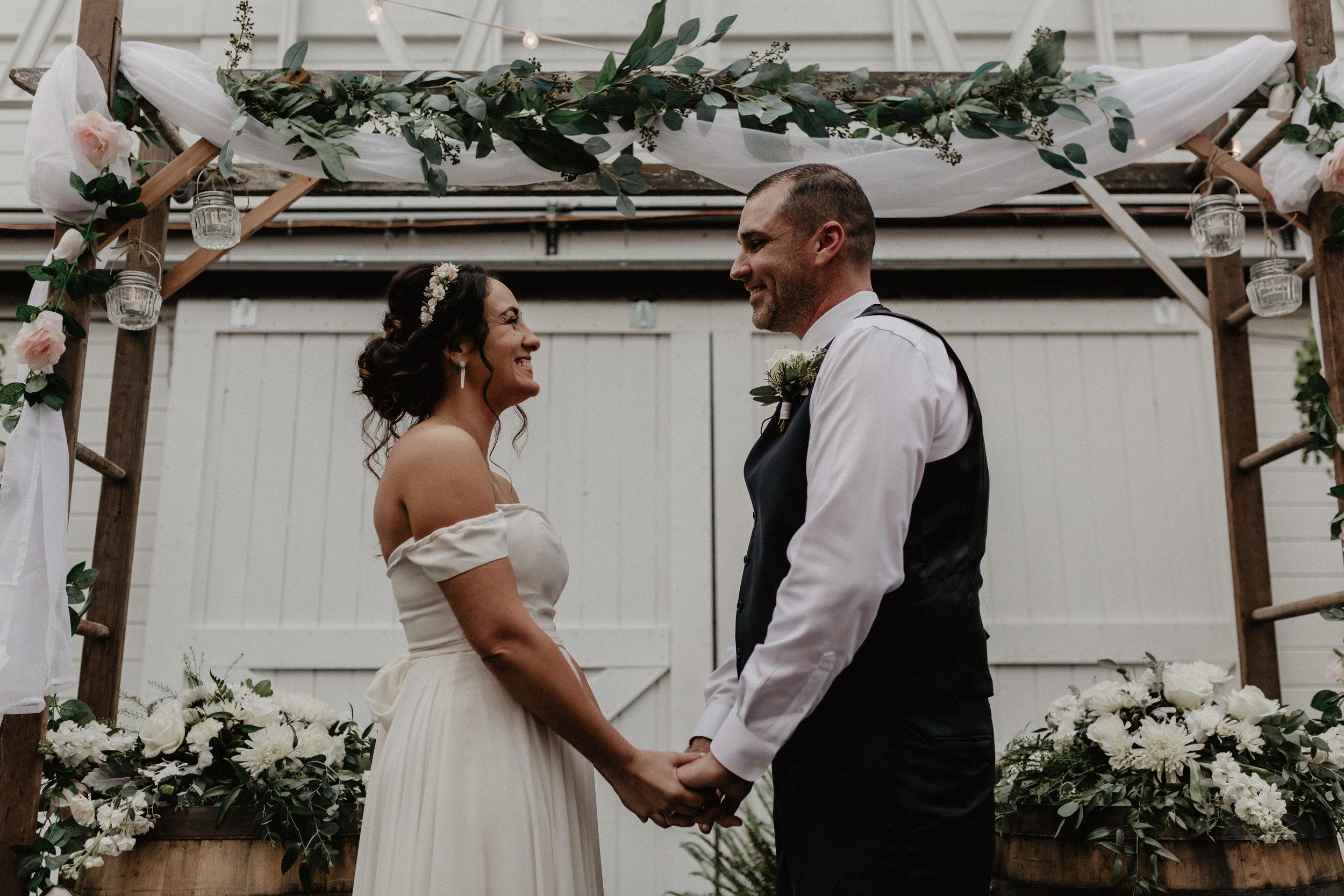 audreys_farmhouse_wedding_056.jpg