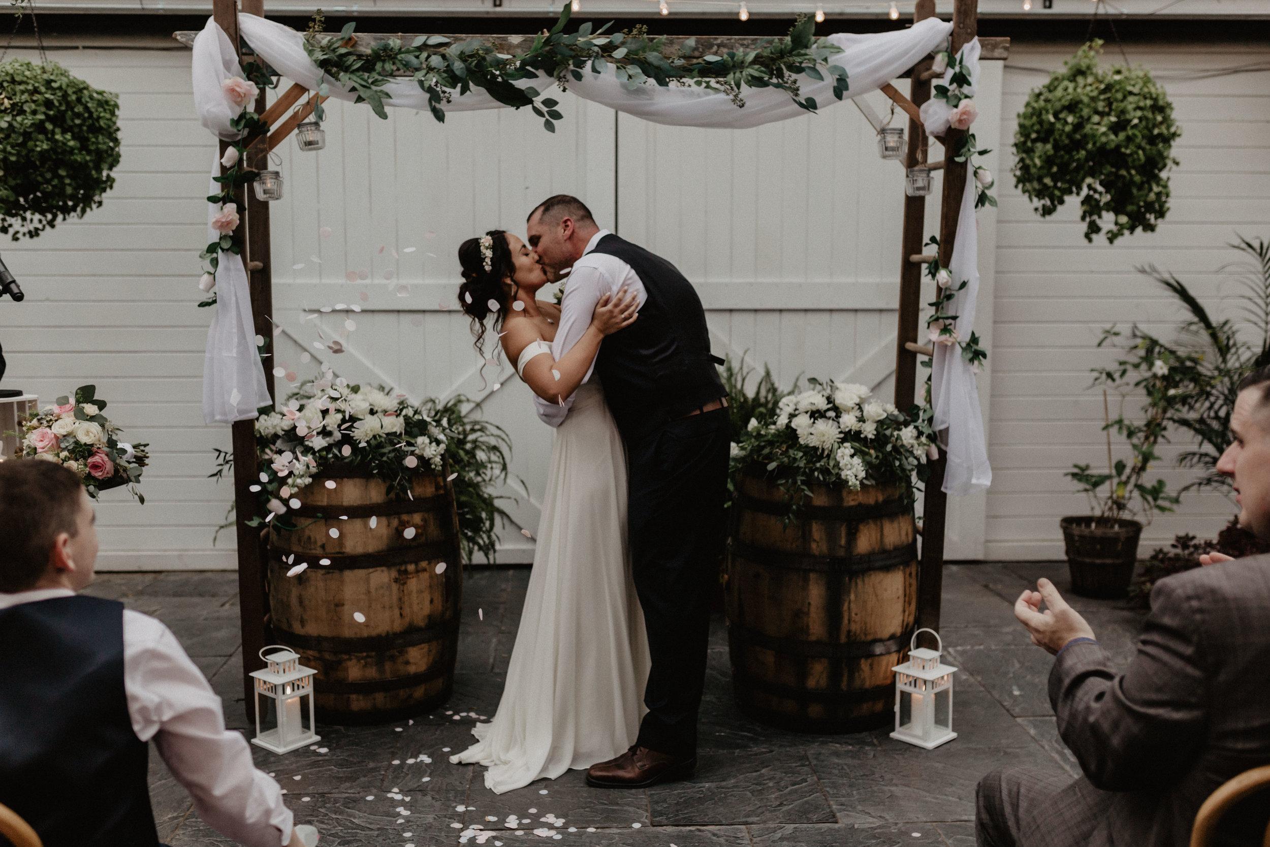 audreys_farmhouse_wedding_057.jpg