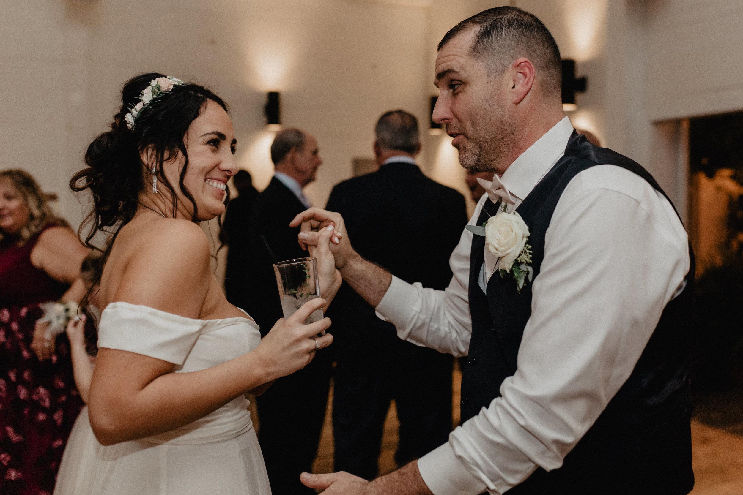 audreys_farmhouse_wedding_095.jpg