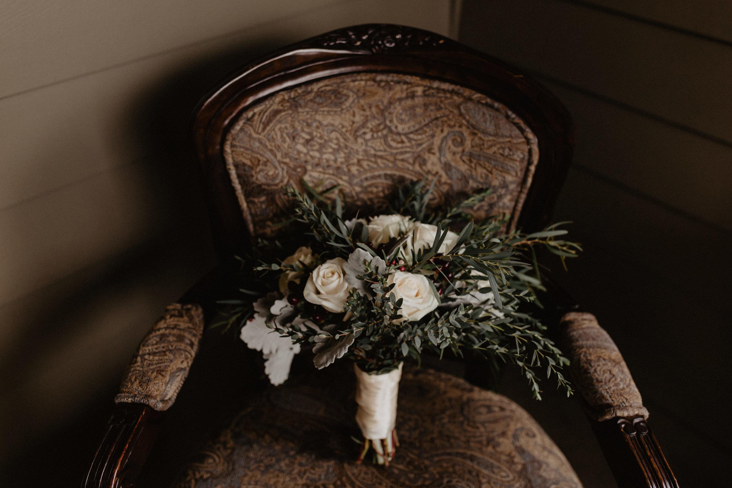 old_daley_on_crooked_lake_wedding_004.jpg