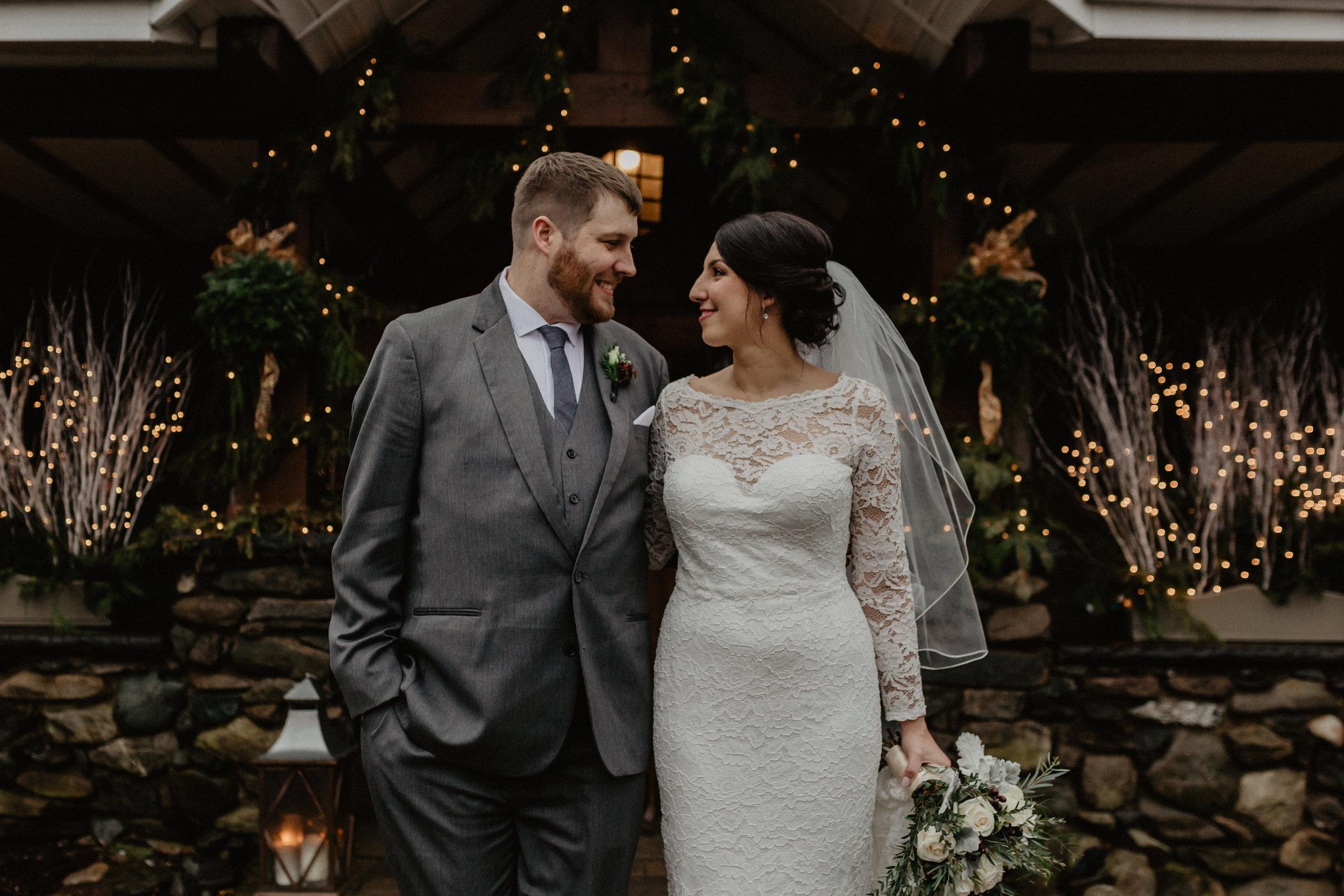 old_daley_on_crooked_lake_wedding_034.jpg
