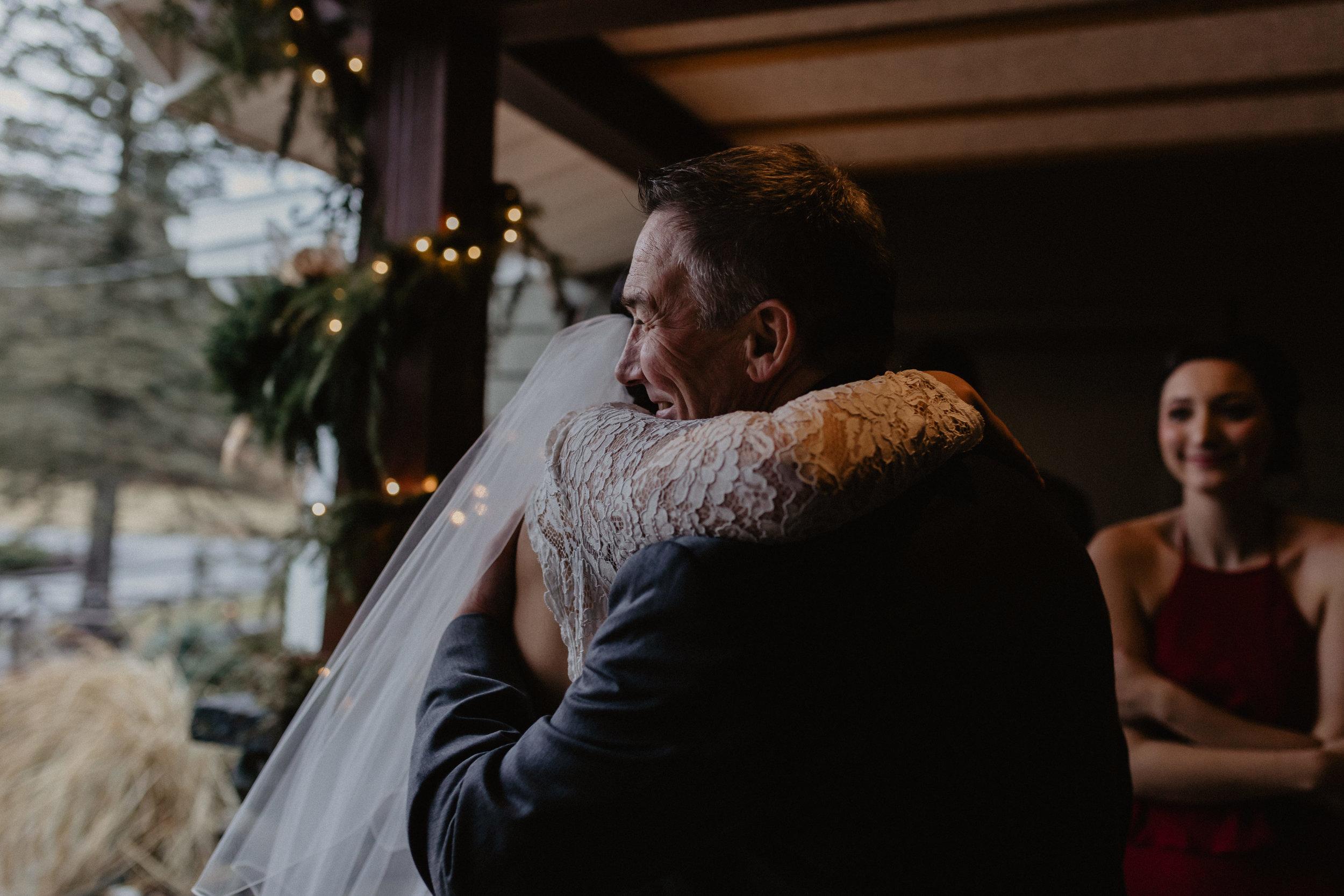 old_daley_on_crooked_lake_wedding_035.jpg