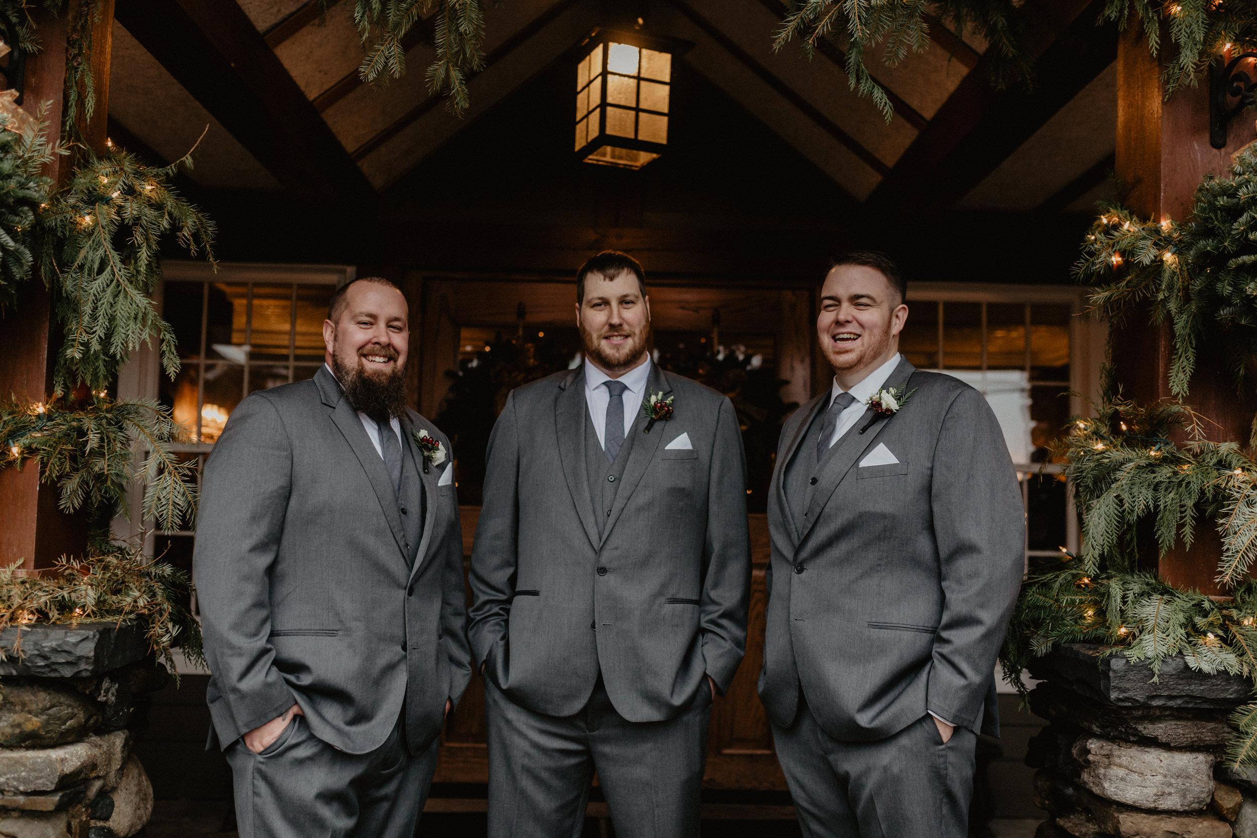 old_daley_on_crooked_lake_wedding_039.jpg