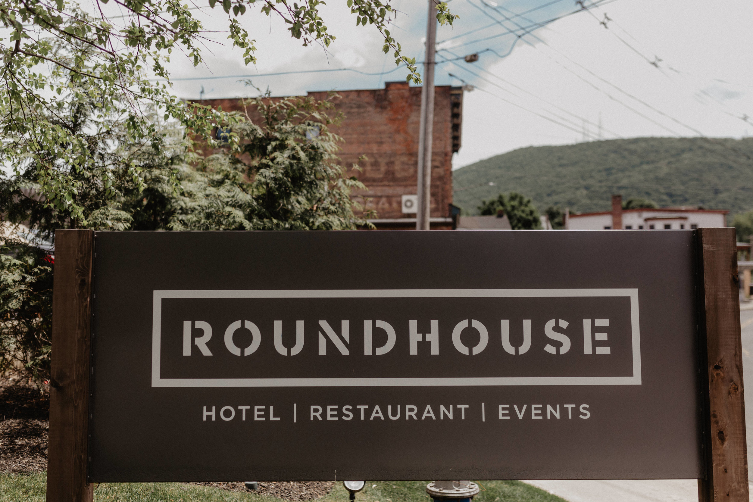 Jessie and Stephen's Roundhouse Wedding in Beacon New York