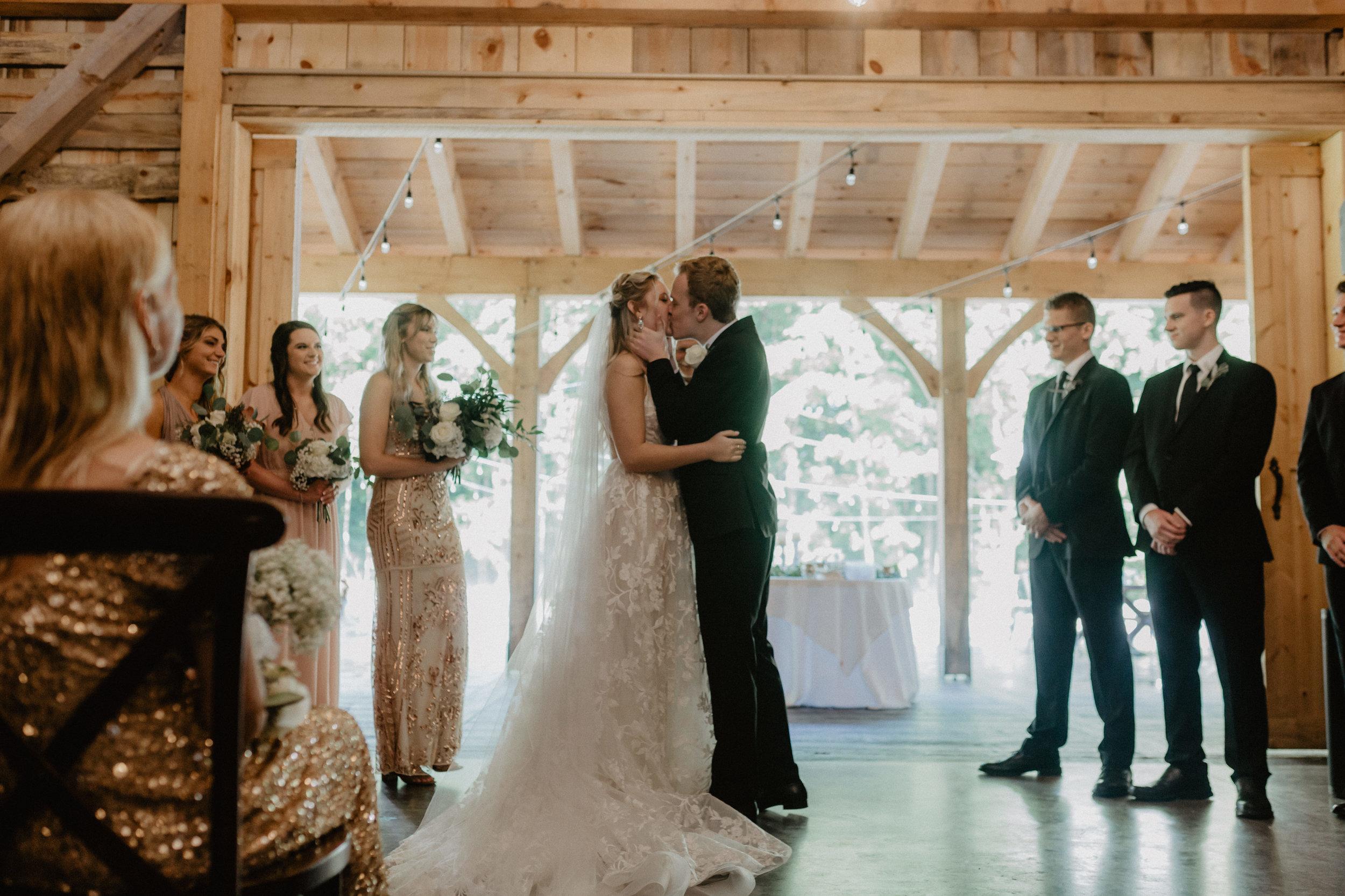 greywacke-meadows-wedding-42.jpg