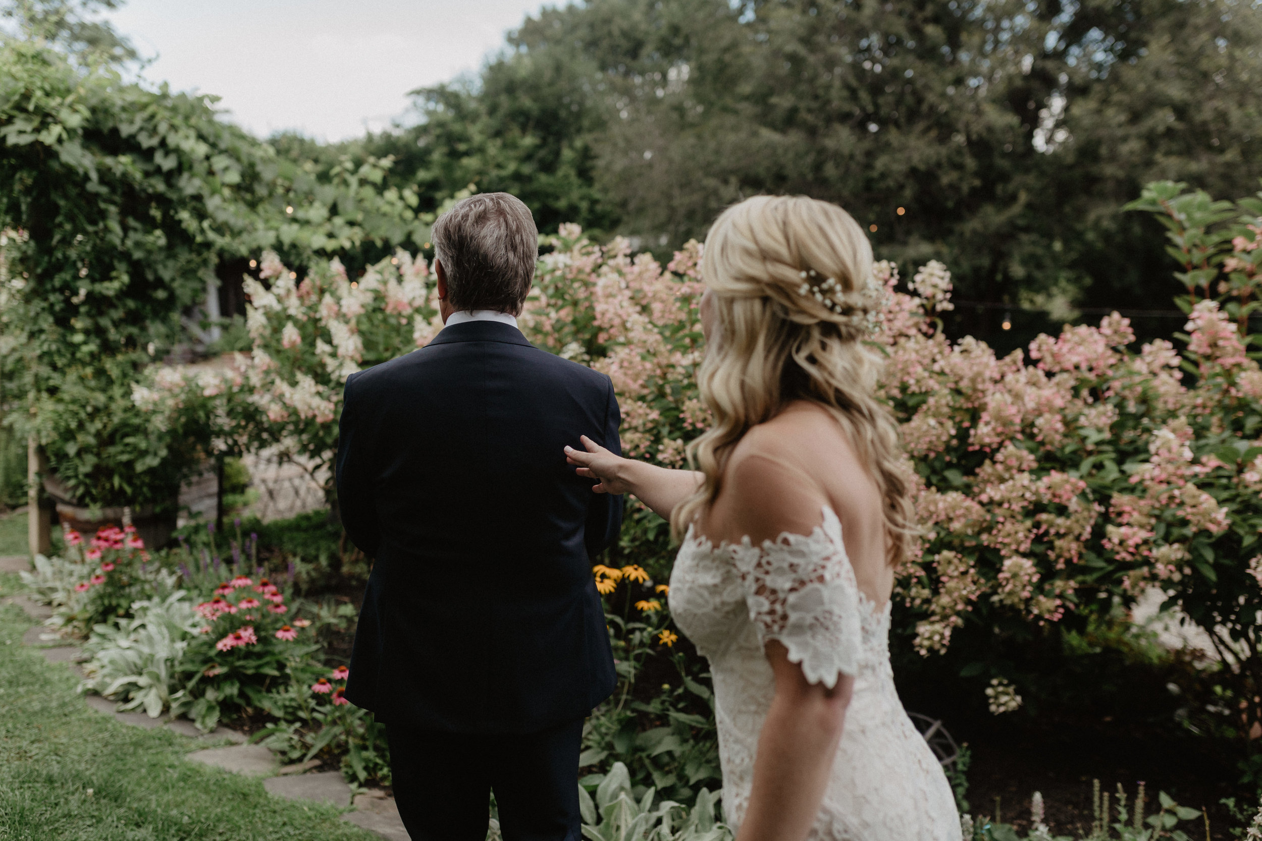 m-and-d-farm-wedding-34.jpg
