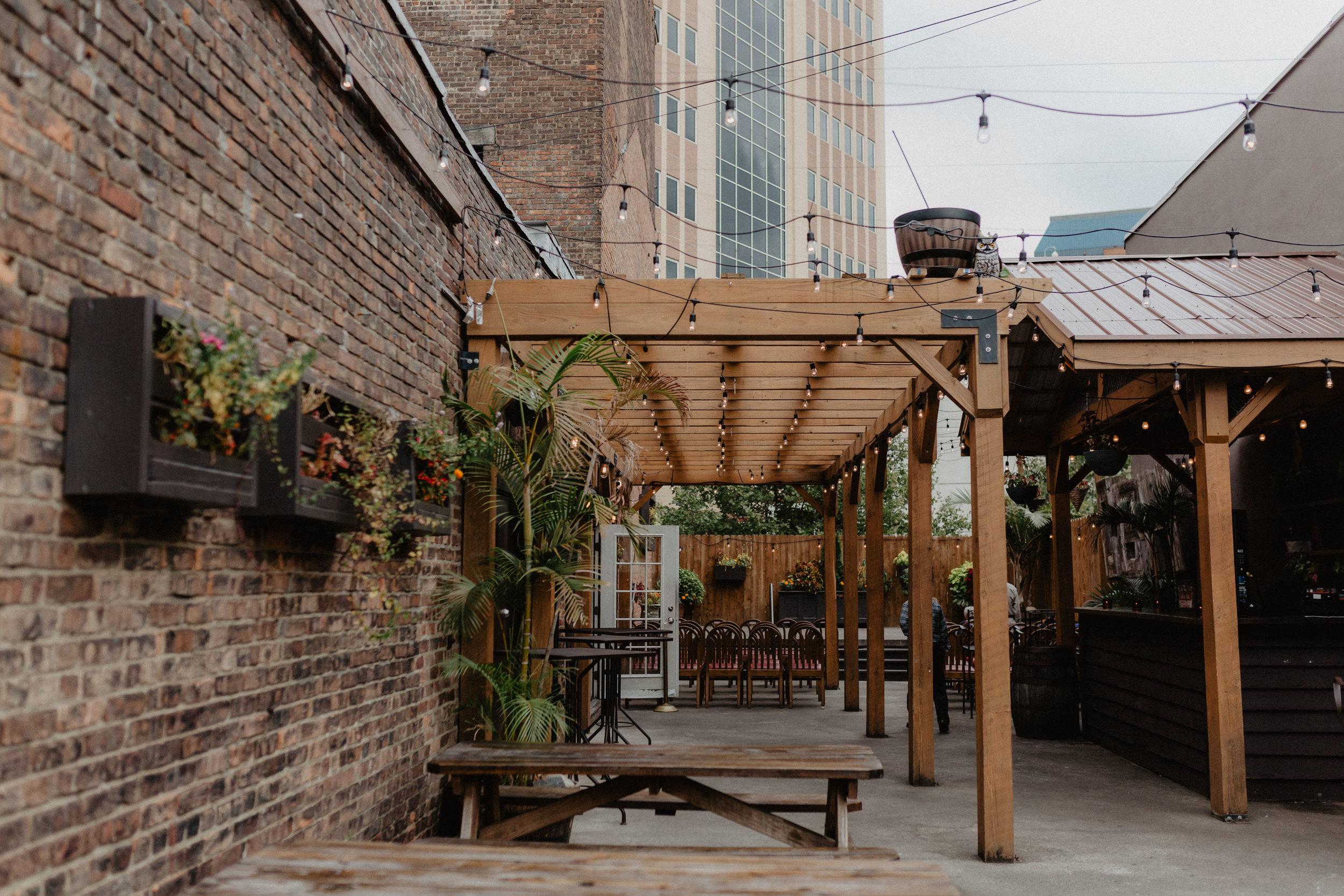 city-beer-hall-wedding-40.jpg